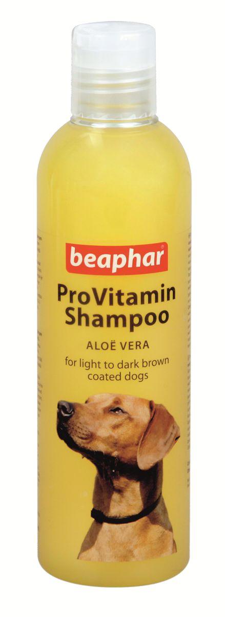 Шампунь для собак коричневых окрасов Beaphar Pro Vitamin, 250 мл17827Шампунь Beaphar Pro Vitamin специально создан для мягкого ухода за шерстью собак рыже-коричневых окрасов. Шампунь активизирует натуральный пигмент шерсти, делая ее цвет более насыщенным. Состав шампуня обогащен экстрактом алоэ вера, который защищает кожу и шерсть от потери влаги. После применения шампуня, шерсть начинает лучше расчесываться и приобретает особый блеск. Шампунь нейтрален к РН кожи животных, поэтому может использоваться для мытья собак с чувствительной кожей. Имеет приятный цветочный аромат.Способ применения: шампунь концентрированный и может быть разведен водой 1:1. Количество используемого шампуня зависит от размера собаки. Смочите шерсть теплой водой и нанесите шампунь, мягко массируя, чтобы он вспенился. Оставьте на 2-3 минуты и тщательно смойте. По окончании просушите шерсть полотенцем.Объем: 250 мл.Товар сертифицирован.