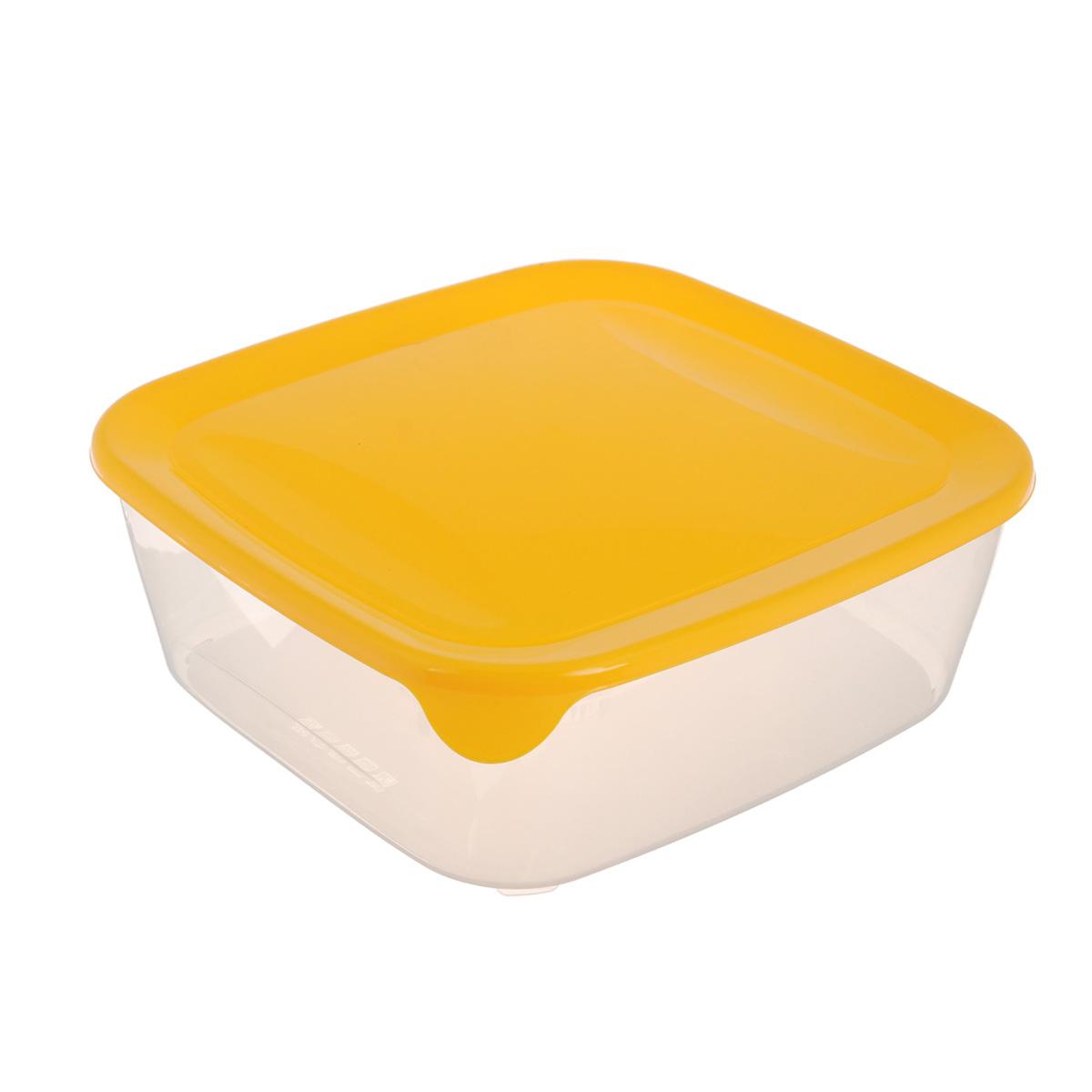 """Квадратная емкость для заморозки и СВЧ """"Curver"""" изготовлена из высококачественного пищевого пластика (BPA free), который выдерживает температуру от -40°С до +100°С. Стенки емкости прозрачные, а крышка цветная. Она плотно закрывается, дольше сохраняя продукты свежими и вкусными. Емкость удобно брать с собой на работу, учебу, пикник или просто использовать для хранения пищи в холодильнике. Можно использовать в микроволновой печи и для заморозки в морозильной камере. Можно мыть в посудомоечной машине."""