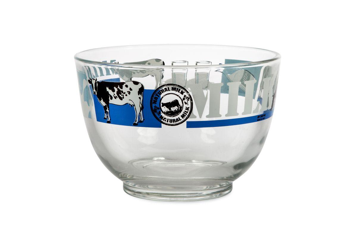 Салатница Cerve Молоко, 690 млCEM37480Салатница Cerve Молоко изготовлена из прочного стекла и декорирована красочным рисунком. Она легко моется в теплой воде. Яркая салатница станет украшением вашего стола и прекрасно подойдет дляиспользования, как дома, так и на даче или пикниках.Можно мыть в посудомоечной машине.Объем салатницы: 690 мл.Диаметр салатницы (по верхнему краю): 13 см.Высота стенки салатницы: 9 см.