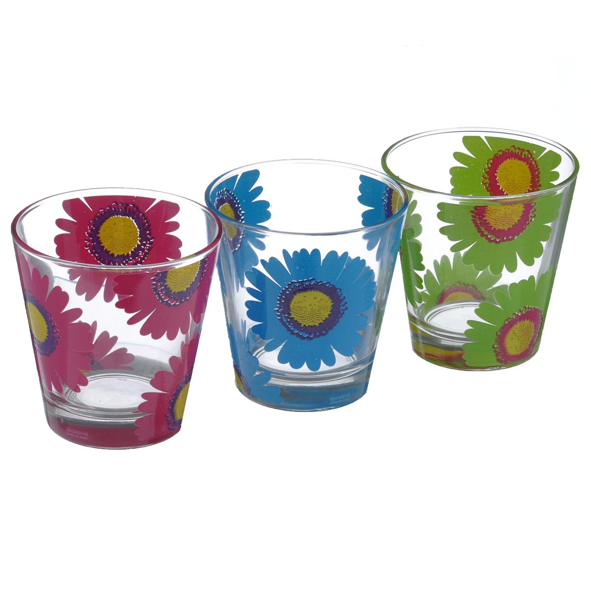 Набор стаканов Cerve Герберы, 250 мл, 3 штCEM47780Набор Cerve Герберы состоит из трех низких стаканов, изготовленных из высококачественного стекла. Внешние стенки оформлены красочным цветочным узором. Такие стаканы прекрасно подойдут для сока, воды, лимонада и других напитков. Они ярко оформят стол и станут прекрасным дополнением к коллекции вашей кухонной посуды. Можно мыть в посудомоечной машине. Диаметр стакана (по верхнему краю): 8,5 см. Высота стакана: 9 см.