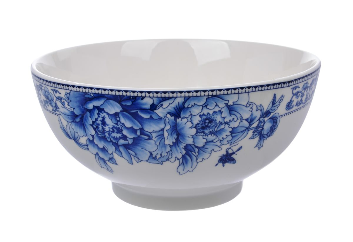 Салатница Nanshan Porcelain Наньшань, цвет: белый, синий, диаметр 20 смGNNSNN005Салатница Nanshan Porcelain Наньшань изготовлена из твердого фарфора сподглазурной деколью, которая защищает рисунок от истирания и продлевает срокэксплуатации посуды. Изделие безопасно для здоровьяи окружающей среды, не содержит свинец и кадмий. Внешние стенки оформленыизящным рисунком.Такая салатница прекрасно подходит для холодных и горячих блюд: каш, хлопьев,супов, салатов. Она дополнит коллекцию вашей кухонной посуды и будет служитьдолгие годы.Можно использовать в посудомоечной машине и СВЧ. Диаметр салатницы (по верхнему краю): 20 см.Высота стенки салатницы: 9,5 см.