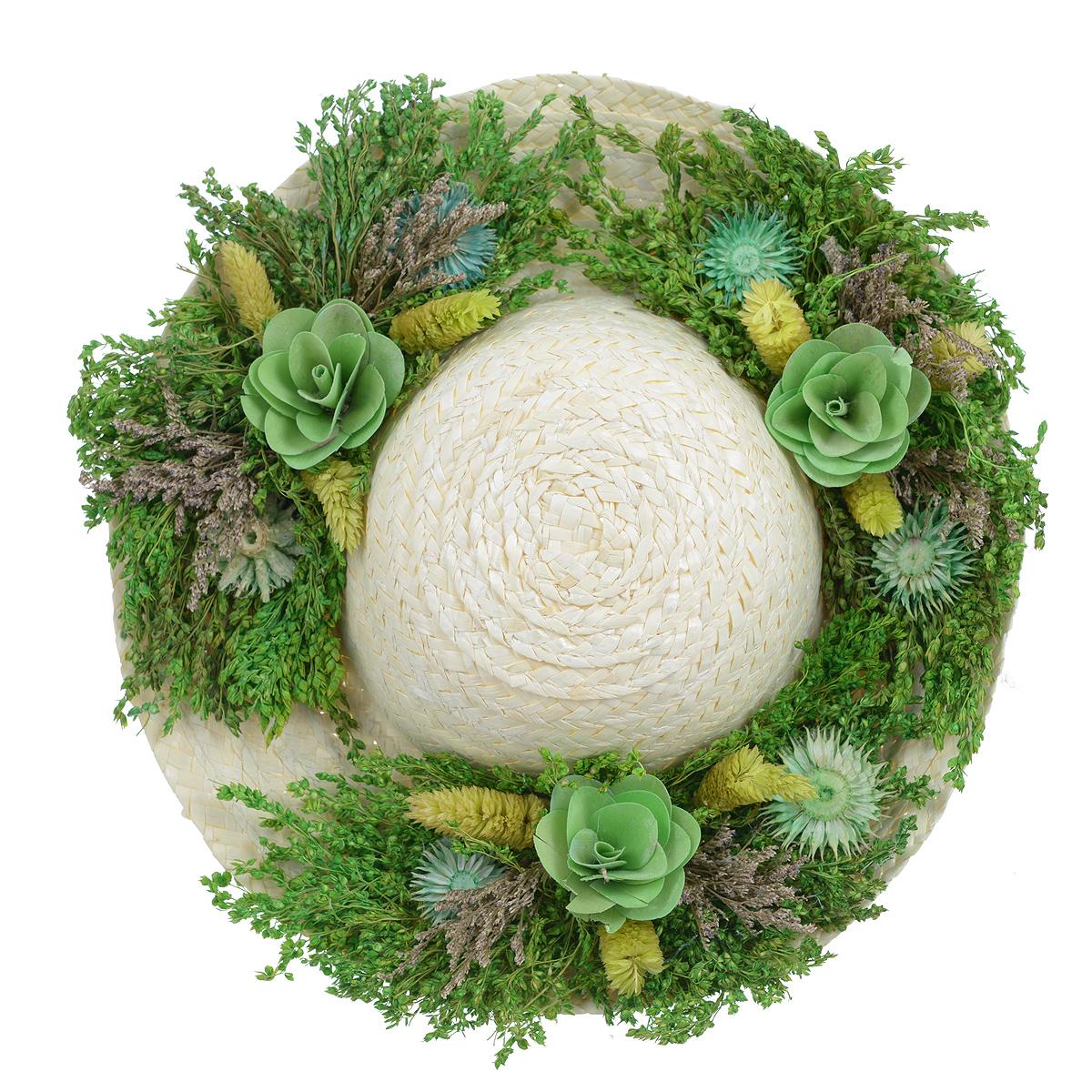 Декоративное настенное украшение Lillo Шляпа с цветами, цвет: светло-бежевый, зеленыйAF 03127Декоративное подвесное украшение Lillo Шляпа выполнено из натуральной соломы и украшено сухоцветами. Такая шляпа станет изящным элементом декора в вашем доме. С задней стороны расположена петелька для подвешивания. Такое украшение не только подчеркнет ваш изысканный вкус, но и прекрасным подарком, который обязательно порадует получателя.Диаметр шляпы: 29 х 29 х 7,5 см.