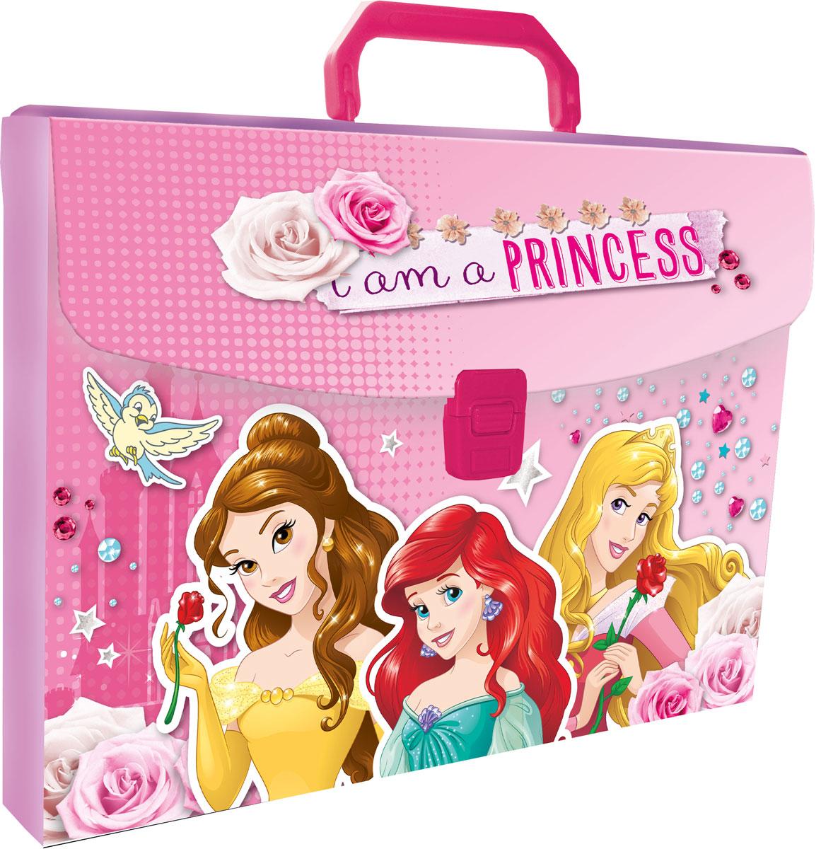 Папка-портфель Disney Princess. Формат А4PRCB-US1-PLB-FB65Легкая папка-портфель Disney Princess - удобный и практичный вариант для транспортировки и хранения различных бумаг и вещей максимального формата А4. Папка прямоугольной формы выполнена из прочного полипропилена и оформлена изображениями принцесс Диснея, персонажей популярных мультфильмов знаменитой киностудии. Папка-портфель содержит одно вместительное отделение и закрывается с помощью пластиковой защелки. Надежная пластиковая ручка делает транспортировку школьных принадлежностей максимально комфортной и удобной.