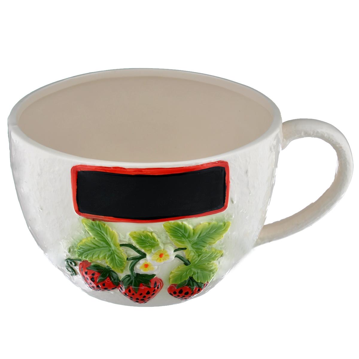 Кашпо House & Holder Чашка, цвет: молочный, диаметр 19 смDSF10A003H-1Кашпо-горшок для цветов House & Holder Чашка изготовлено из фарфора, покрытого глазурью, и оформлено рельефным изображением ягод клубники. Изделие выполнено в виде чашки и предназначено для цветов и небольших деревьев. На кашпо имеется место для надписи. Такие изделия часто становятся последним штрихом, который совершенно изменяет интерьер помещения или ландшафтный дизайн сада. Благодаря такому кашпо вы сможете украсить вашу комнату, офис, сад и другие места. Диаметр кашпо (по верхнему краю): 19 см.Высота кашпо: 13,5 см.Объем: 2,5 л.