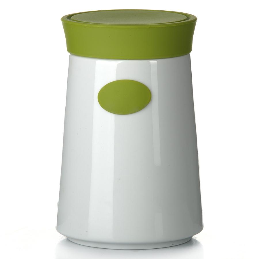Банка для сыпучих продуктов Gotoff, цвет: белый, зеленый, 1,3 л7D503Банка для сыпучих продуктов Gotoff изготовлена из высококачественной керамики белого цвета. Емкость оснащена плотно закрывающейся цветной силиконовой крышкой, которая предохраняет продукты от влаги и сохраняет их свежими. Изделие прекрасно подходит для хранения макарон, круп, специй, сахара, чая, кофе и других продуктов. Такая емкость станет полезным и функциональным предметом на каждой кухне.Объем: 1,3 л.Диаметр (по верхнему краю): 10 см.Высота: 17,5 см.