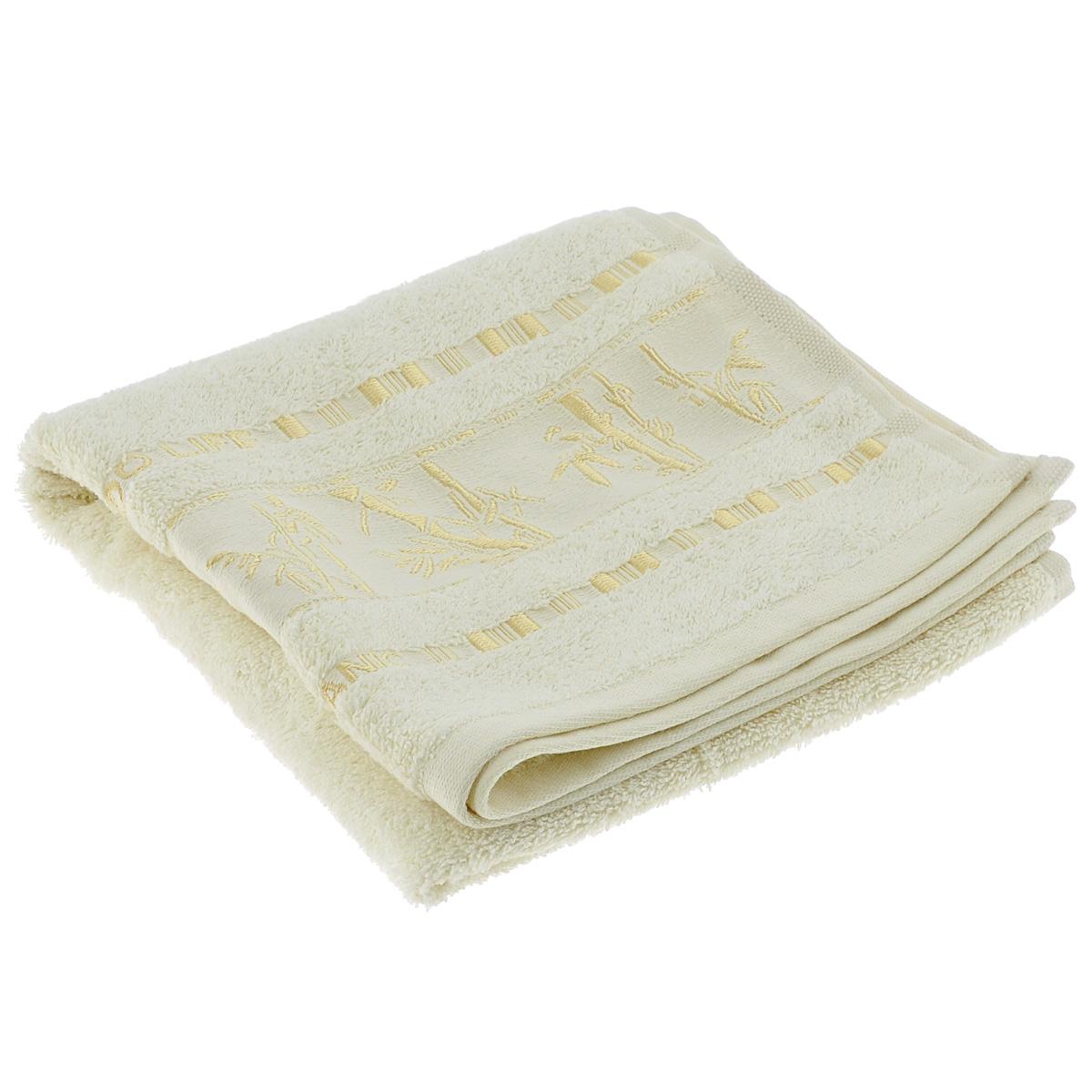 Полотенце Mariposa Bamboo, цвет: молочный, 50 см х 90 см50857Махровое полотенце Mariposa Bamboo, изготовленное из 100% бамбука, подарит массу положительных эмоций и приятных ощущений.Бамбук - инновация в текстильном производстве с потрясающими характеристиками. Бамбуковое волокно с натуральным блеском мягче самого мягкого хлопка и по качеству напоминает шелк и кашемир. Ткань из бамбука обладает натуральными антимикробными свойствами и не нуждается в специальной химической обработке. Ткань содержит компонент Bamboo Kun, предотвращающий размножение бактерий. Бамбук - это самый жизнеспособный природный ресурс, он растет без пестицидов и химикатов, поэтому экологичен. Полотенца из бамбука только издали похожи на обычные. На самом деле, при первом же прикосновении вы ощутите невероятную мягкость и шелковистость. Таким полотенцем не нужно вытираться - только коснитесь кожи - и ткань сама все впитает! Несмотря на богатую плотность и высокую петлю полотенца, оно быстро сохнет, остается легким даже при намокании.Полотенце оформлено изображением бамбука. Благородный тон создает уют и подчеркивает лучшие качества махровой ткани. Полотенце Mariposa Bamboo станет достойным выбором для вас и приятным подарком для ваших близких.