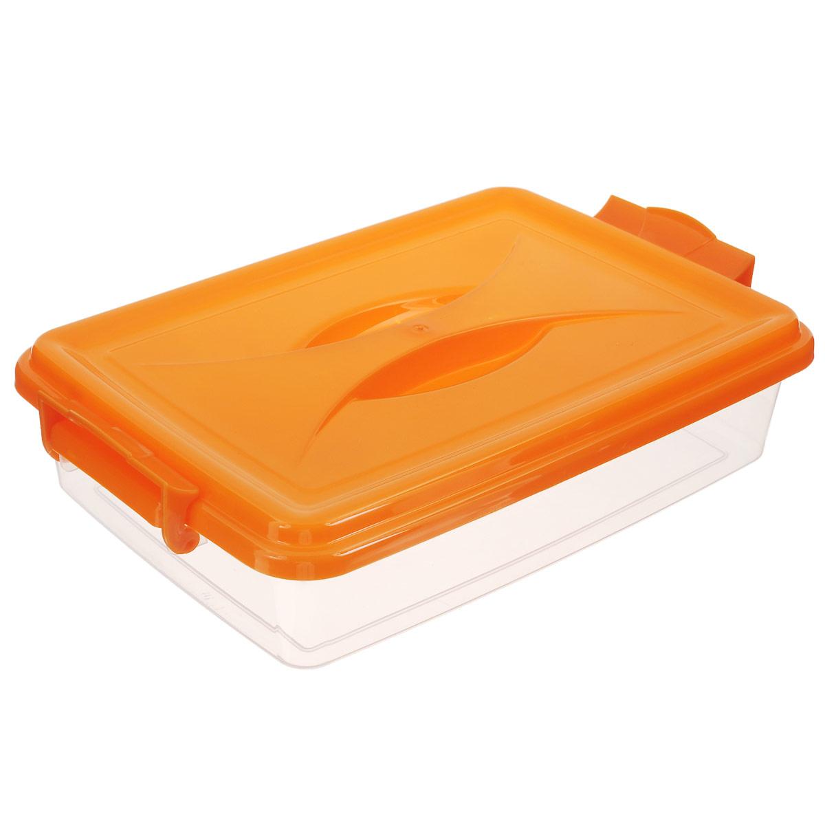 Контейнер Альтернатива, цвет: прозрачный, оранжевый, 4,5 лМ574Контейнер Альтернатива выполнен из прочного пластика. Он предназначен для хранения различных мелких вещей. Крышка легко открывается и плотно закрывается. Прозрачные стенки позволяют видеть содержимое. По бокам предусмотрены две удобные ручки, с помощью которых контейнер закрывается.Контейнер поможет хранить все в одном месте, а также защитить вещи от пыли, грязи и влаги.