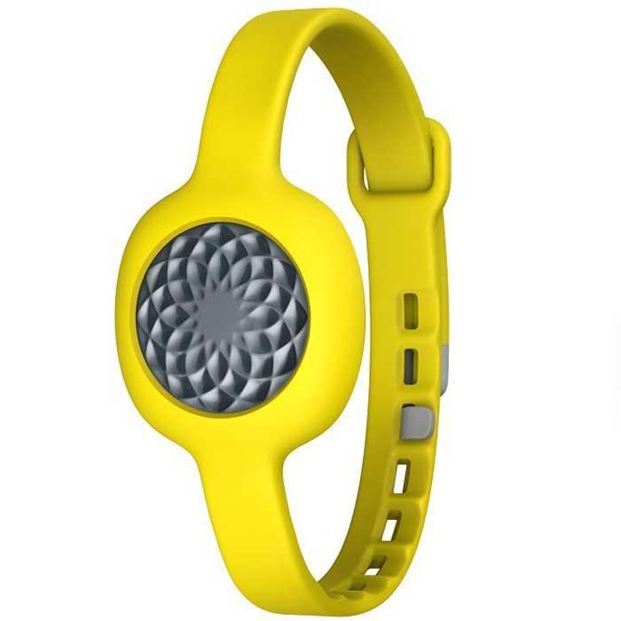 Jawbone UP Move JL07, Slate фитнес-браслет с ремешком0847912022191Держите себя в хорошей форме и сбрасывайте вес с удовольствием. Jawbone UP Move JL07 поставляется в различных ярких расцветках, которые можно сочетать и подбирать под фиксаторы и ремешки. Наденьте браслет и носите его повсюду. А светодиодный дисплей и функция Smart Coach позволяют трекеру Jawbone UP Move JL07 не только считывать ваши шаги и замерять сон, но и мотивировать вас на пути к лучшей жизни.Простой контроль времени и качества сна. Функция Smart Coach изучает ваши привычки, а затем предлагает персональные рекомендации в отношении того, как спать наиболее эффективно, чтобы просыпаться свежим и полным сил.Сканер штрих-кодов, система поиска по ресторанным меню и база данных продуктов позволяют мгновенно делать записи в дневнике питания и подсчитывать набранные калории. Smart Coach помогает вырабатывать полезные привычки и оценивает полезность того, что вы едите, по шкале полезности продуктов питания, поскольку здоровое питание предполагает не только подсчет калорий.Smart Coach будет мотивировать вас и давать персональные советы по достижению поставленных целей, где бы вы ни находились. К тому же со временем эта функция становится «умнее»: чем ближе Smart Coach узнает вас, тем лучше становятся рекомендации и советы. Как и ваша жизнь!Благодаря функции Bluetooth Smart браслет Jawbone UP Move JL07 всегда будет на связи с вашим смартфоном. Получайте отчеты о своих достижениях в реальном времени и не беспокойтесь о необходимости подключать браслет к смартфону, чтобы загрузить на него данные.Jawbone UP Move JL07 защищен от брызг, так что не стоит беспокоиться о дожде, поте после тренировки или влаге в душе. А вот погружать его в жидкость не стоит.Надевайте трекер так, как вам удобно, и отправляйтесь на прогулку. Встроенный акселерометр учтет каждый шаг, а вам останется только выбрать цель и следить за своими результатами. Для поддержания здоровья Национальный институт здравоохранения США рекомендует прох