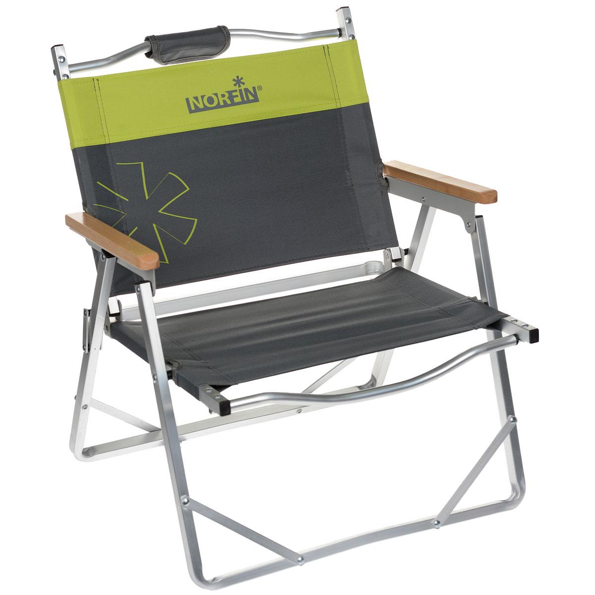 """Невысокое складное кресло Norfin """"Alesund NF Alu"""" -  это незаменимый предмет походной мебели. Прочный и легкий каркас выполнен из алюминия. Оснащено деревянными подлокотниками. Легкое, очень удобно для переноски, так как в складном виде имеет ручки."""