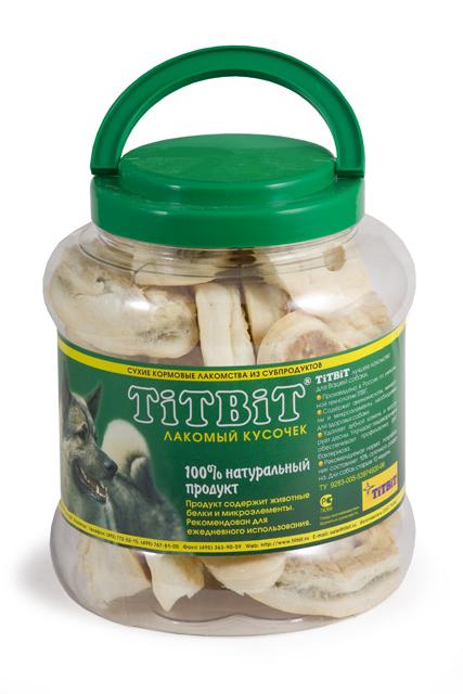 Лакомство для собак Titbit, пятачок диетический из говяжьей кожи, 4,3 л319465Лакомство для собак Titbit, выполненное в виде пятачков из говяжьей кожи, - полностью натуральный продукт для вашего питомца, разработанный по уникальной технологии Titbit щадящим способом сушки, позволяющим сохранить все полезные и естественные вкусовые качества. Лакомство чистит зубы, массирует десны. Благодаря большому содержанию аминокислот и коллагена положительно воздействует на хрящевую ткань, состояние кожи и шерсти собаки. За счет волокнистой структуры являются своеобразной зубной щеткой, способствующей укреплению десен, удалению зубного налета и профилактике образования зубного камня. Не содержит консервантов, искусственных красителей и ароматизаторов. Состав: высушенная говяжья кожа.Рекомендуемая норма потребления составляет 10% от суточного рациона собак старше 12 недель. Необходимо обеспечить собаке постоянный доступ к питьевой воде.Товар сертифицирован.