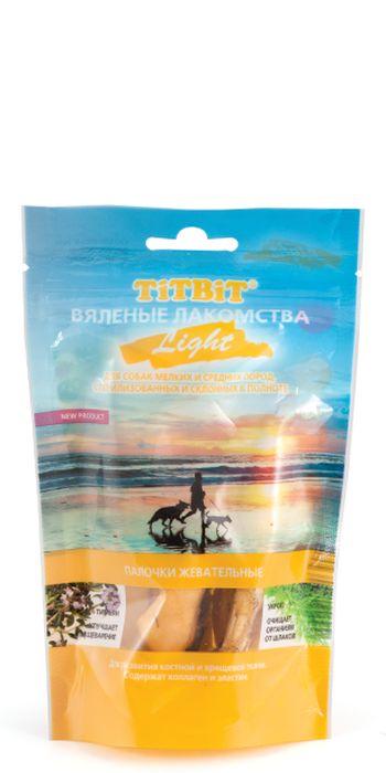 Лакомство для собак Titbit Light, вяленые палочки жевательные, 40 г3992Жевательные палочки Titbit Light рекомендованы для склонных к полноте и стерилизованных собак. Благодаря высокому содержанию коллагена и эластина, лакомство способствует развитию костной и хрящевой ткани собаки. Фитокомплекс из укропа и тимьяна улучшает пищеварение и способствует очищению организма от шлаков.Состав: кожа говяжья, тимьян, укроп.Товар сертифицирован.Тайная жизнь домашних животных: чем занять собаку, пока вы на работе. Статья OZON ГидЧем кормить пожилых собак: советы ветеринара. Статья OZON Гид