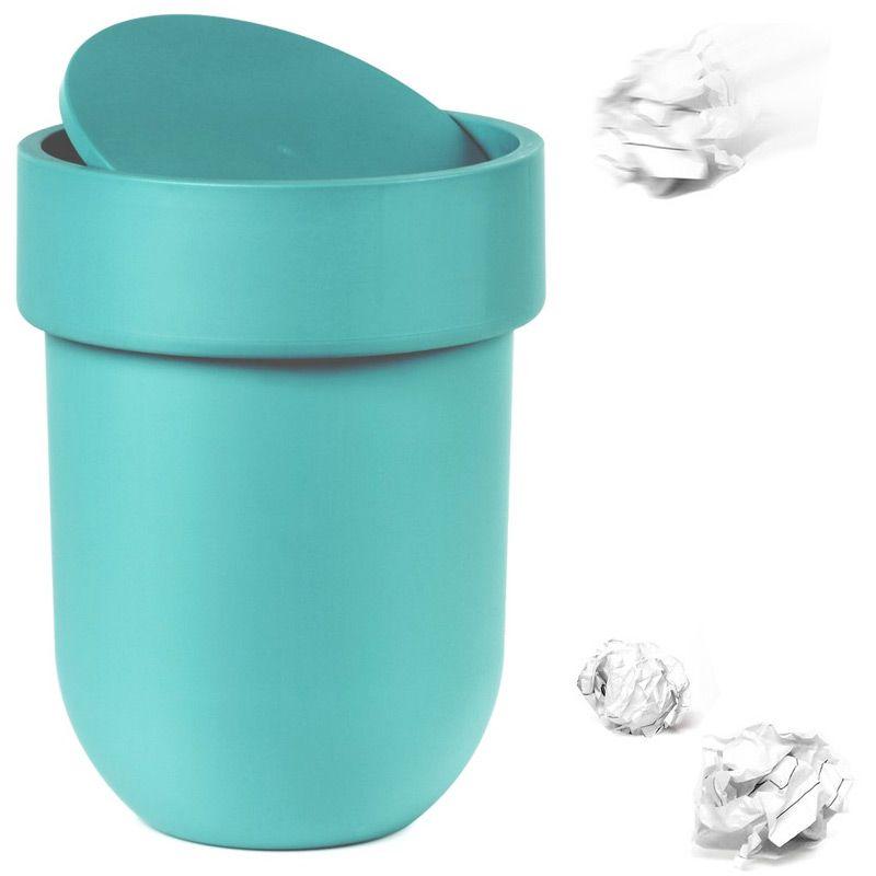 Контейнер мусорный Touch с крышкой морская волна023269-276Как много всего ненужного можно обнаружить на столе: скомканные бумаги для заметок, упаковки от шоколадок, старые скрепки и скобы для степлера. Отправьте весь этот хлам в мусорное ведро, чтобы сделать жизнь чище и упорядоченнее. Лаконичный и простой контейнер Touch не займет много места и будет прилежно исполнять свои обязанности по накоплению мусора.Материал: полипропилен; цвет: голубой