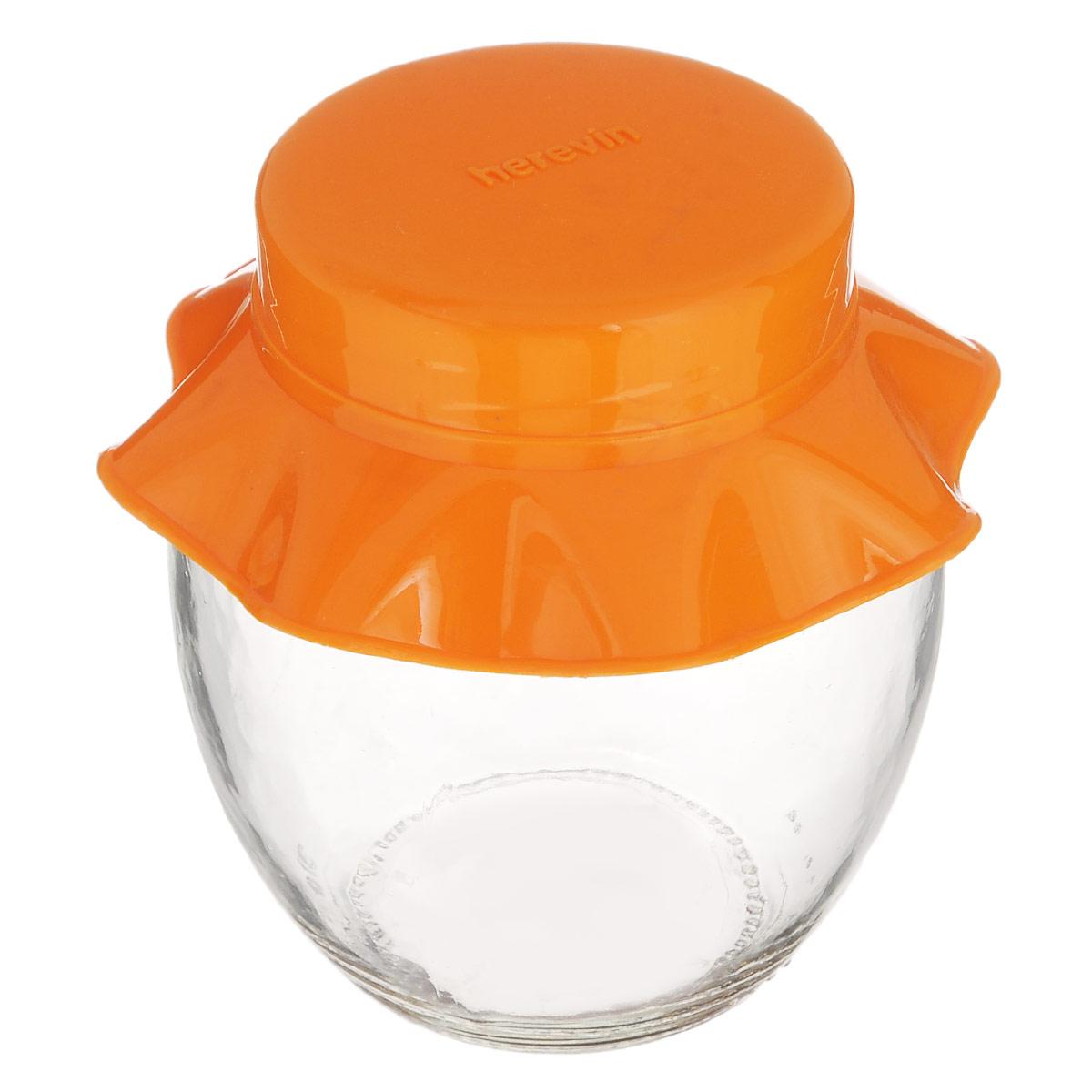 Банка для хранения Herevin, цвет: оранжевый, 370 мл131301-000_ оранжевыйБанка для хранения Herevin выполнена из прозрачного стекла и оснащена пластиковой цветной крышкой. Крышка легко откручивается, благодаря чему засыпать приправу или налить варенье внутрь очень просто. Такая баночка станет достойным дополнением к вашему кухонному инвентарю. Можно мыть в посудомоечной машине.Объем: 370 мл.Диаметр (по верхнему краю): 5,5 см.Высота банки (без учета крышки): 10 см.