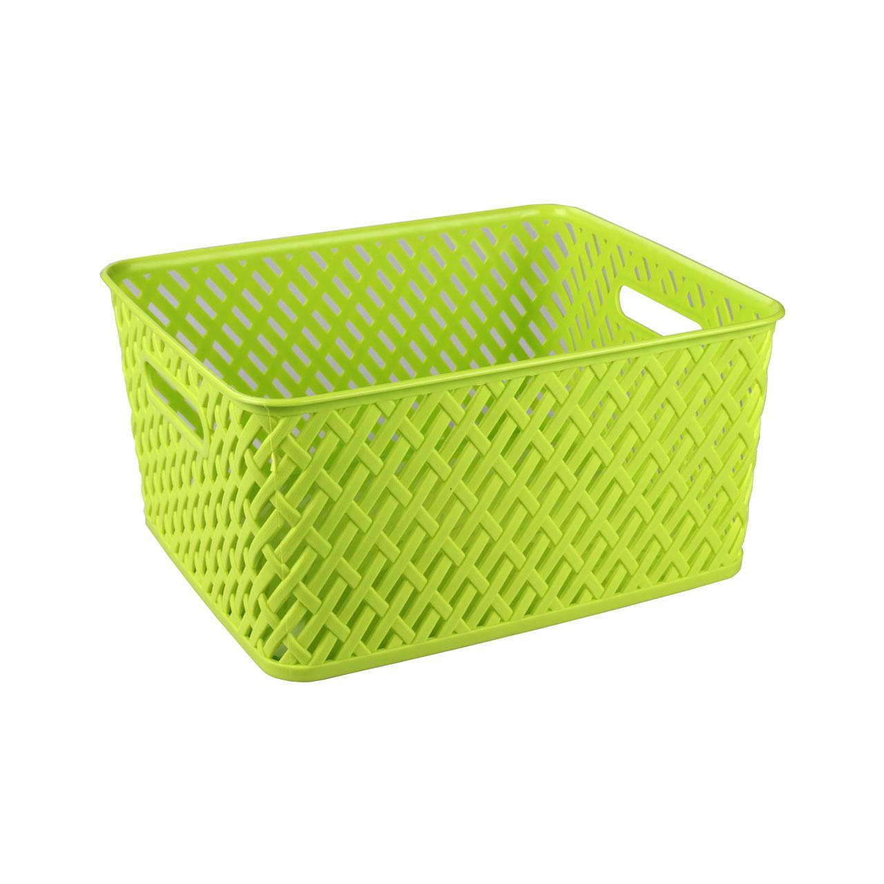 """Прямоугольная корзина """"Плетенка"""" изготовлена из высококачественного пластика и декорирована перфорацией. Она предназначена для хранения различных мелочей дома или на даче. Благодаря сплошному дну позволяет хранить мелкие вещи, исключая возможность их потери. Имеются 2 ручки для удобной переноски. Корзина очень вместительная. Элегантный выдержанный дизайн позволяет органично вписаться в ваш интерьер и стать его элементом."""
