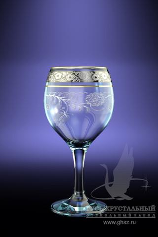 """Набор Гусь-Хрустальный """"Нежность"""" состоит из 6 фужеров на изящных длинных ножках, изготовленных из высококачественного натрий-кальций-силикатного стекла. Изделия предназначены для подачи холодных напитков, вина и многого другого. Фужеры оформлены красивым зеркальным покрытием с матовым орнаментом. Такой набор прекрасно дополнит праздничный стол и станет желанным подарком в любом доме.  Разрешается мыть в посудомоечной машине.   Высота фужера: 16 см.  Объем: 260 мл."""