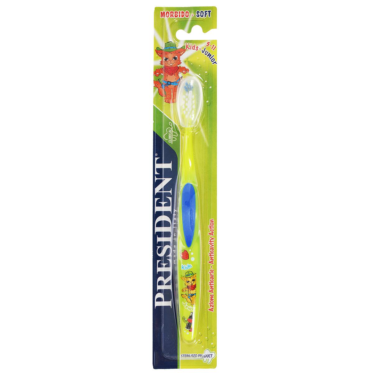 Детская зубная щетка President Kids-Junior, мягкая, цвет: синий, зеленый, 5-11 лет72624_зеленый,синийДетская зубная щетка President Kids-Junior идеально подходит для чистки зубов при сменном прикусе.Мягкие щетинки с закругленными кончиками эффективно и деликатно очищают зубы и межзубные промежутки, что особенно важно для предотвращения кариеса в период смены молочных зубов на постоянные.Ручка из мягкой резины позволяет надежно держать щетку во время использования. Товар сертифицирован.