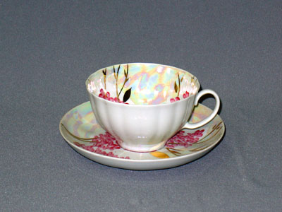 Чашка чайная с блюдцем 275 мл Белый лебедь Розовая сирень03305Чашка чайная с блюдцем 275 мл Белый лебедь Розовая сирень фарфор