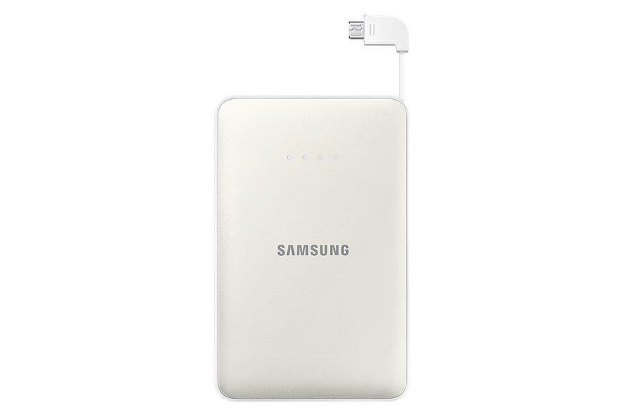 Samsung EB-PN915B, White внешний аккумуляторEB-PN915BWRGRUНаверное, каждый согласиться, что зарадка мобильного устройства-это достаточно скучный и длительный процесс, который часто доставляет неудобства. Такая неприятная ситуация лишает возможности совершить важный рабочий звонок, отправить электронное письмо близким или, например, завершить игру. Поэтому стоит задуматься о приобретении внешнего аккумулятора, который станет не только Вашим помощником, но и настоящем спасателем во время разрядки того или другого прибораЗамечательным вариантом для всех желающих приобрести этот полезнейший прибор станет модель Samsung Monkey 11300 mAh. С данным устройством Вы никогда не заскучаете. Скачав специальное забавное приложение CHARGE THE LIFE, Вы имеете возможно развлечь себя во время поездки или любого другого путешествия веселой игрой. Примечательным в приложении является то, что оно изображает различные движения животных, которые принадлежат к исчезающему виду, в соответствии с уровнем зарядки, а также животные реагируют, когда вы касаетесь экрана вашего устройства. Этот превосходный источник питания выручит Вас в любых ситуациях, которые связаны с зарядкой гаджетаБлагодаря компактным размерам, Вы всегда можете носить его с собой. Этот внешний аккумулятор можно использовать в любую минуту, все что при этом необходимо- это достать кабель и соединить его со своим мобильным устройством. Также производители данного аксессуара не забыли и о внешнем виде устройства, сделав его по-особенному современным и стильным. Он послужит чудесным дополнением к любому образу