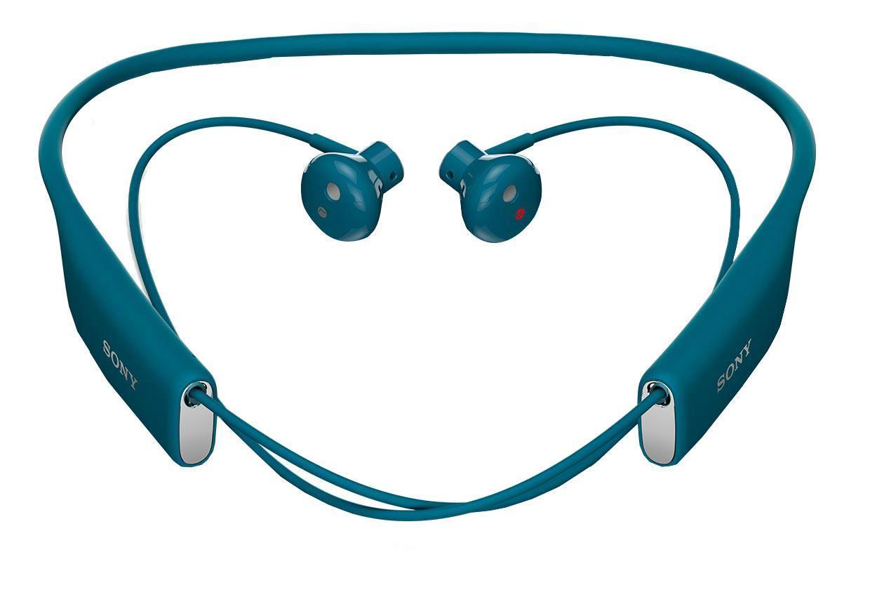 Sony SBH70, Blue Bluetooth-гарнитура1293-9540Любимые композиции в громком и чистом звучании Благодаря фирменному качеству звучания от Sony и наушникам, которые идеально сидят в ушах, с Stereo Bluetooth® Headset SBH70 ваша музыка зазвучит на все сто. Просто подключите гарнитуру к любому Bluetooth-устройству и наслаждайтесь любимыми композициями, где бы вы ни были.Чистый голос без посторонних шумов Благодаря качественному звучанию и комфортной форме наушников говорить по гарнитуре одно удовольствие. Она подавляет эхо, звук ветра и посторонние шумы, поэтому ваш собеседник будет слышать вас громко и отчетливо.Общение в любую погоду Эта гарнитура водостойкая, поэтому вы можете смело использовать ее под проливным дождем и даже мыть под краном.Комфорт на протяжении дня Несмотря на мощь воспроизводимого звука, гарнитура столь невесома, что про нее можно просто забыть. Stereo Bluetooth® Headset SBH70 комфортно носить на работе, по дороге домой, во время пробежки — ее можно не снимать целый день, но ваши уши ни капли не устанут.Удобные голосовые команды Вслух командуйте смартфону, что делать, и добавляйте удобные аудиозакладки в приложении Lifelog. Все, что для этого нужно, — беспроводная мини-гарнитура.