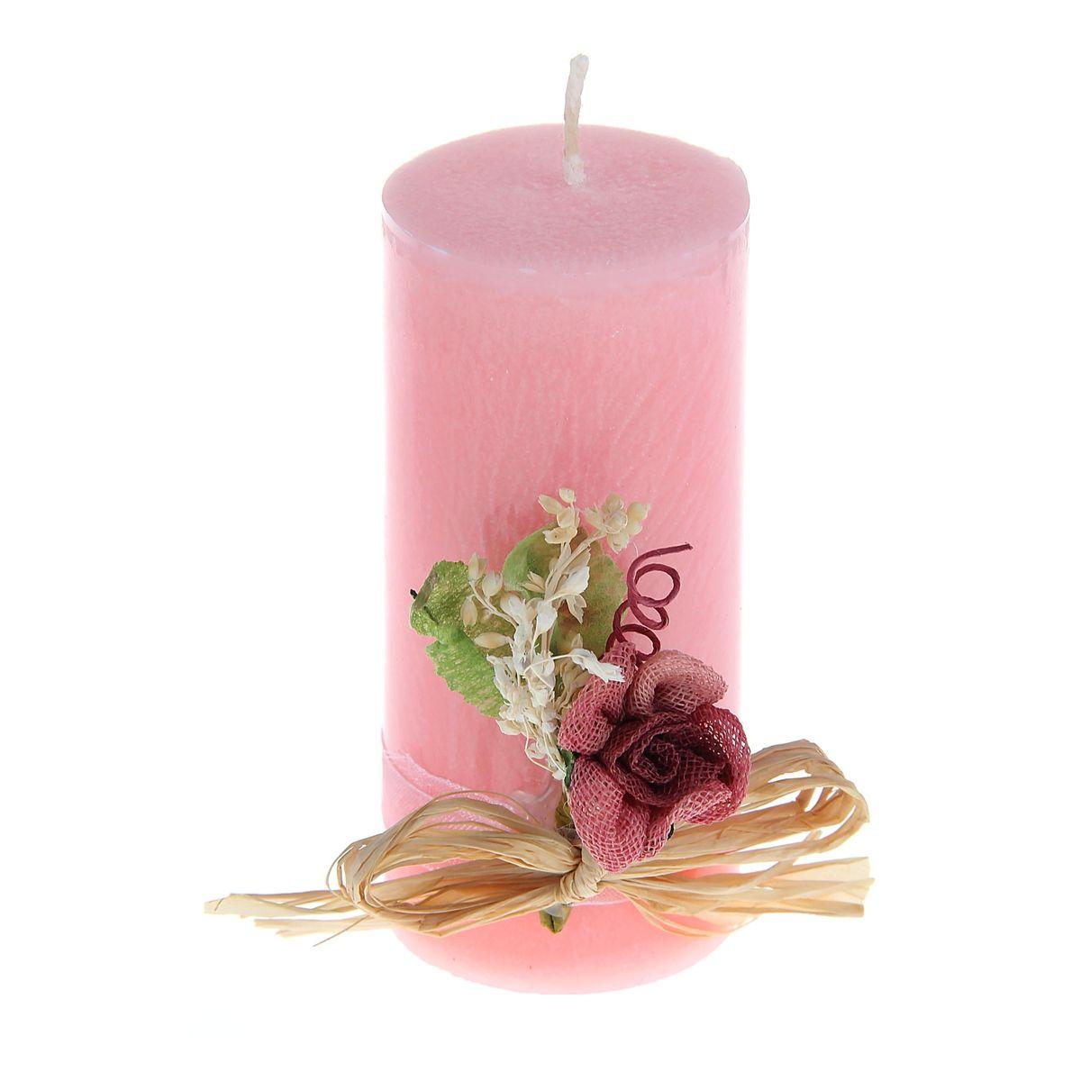 Свеча декоративная Sima-land Цветок, цвет: розовый, высота 10,5 см1030858Декоративная свеча Sima-land Цветок изготовлена из воска и оформлена декоративной цветочной композицией. Такая свеча может стать отличным подарком или дополнить интерьер вашей комнаты.