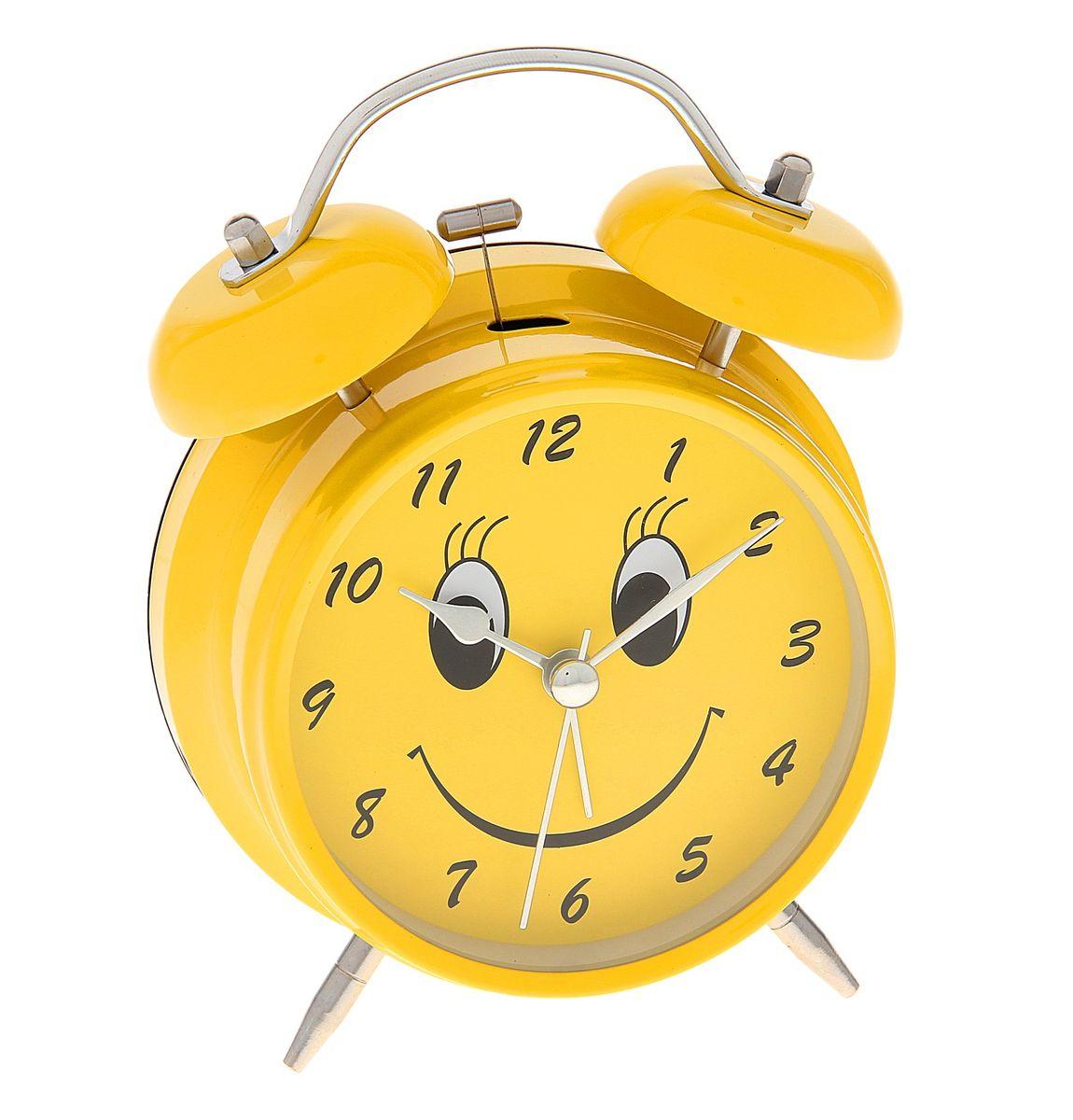 Часы-будильник Sima-land Смайл, цвет: желтый. 720829720829Как же сложно иногда вставать вовремя! Всегда так хочется поспать еще хотя бы 5 минут и бывает, что мы просыпаем. Теперь этого не случится! Яркий, оригинальный будильник Sima-land Смайл поможет вам всегда вставать в нужное время и успевать везде и всюду. Корпус будильника выполнен из металла. Циферблат оформлен изображением веселого смайла. Часы снабжены 4 стрелками (секундная, минутная, часовая и для будильника). На задней панели будильника расположен переключатель включения/выключения механизма, а также два колесика для настройки текущего времени и времени звонка будильника. Часы снабжены подсветкой, которая включается нажатием на кнопку с задней стороны.Пользоваться будильником очень легко: нужно всего лишь поставить батарейку, настроить точное время и установить время звонка.Необходимо докупить 1 батарейку типа АА (не входит в комплект).