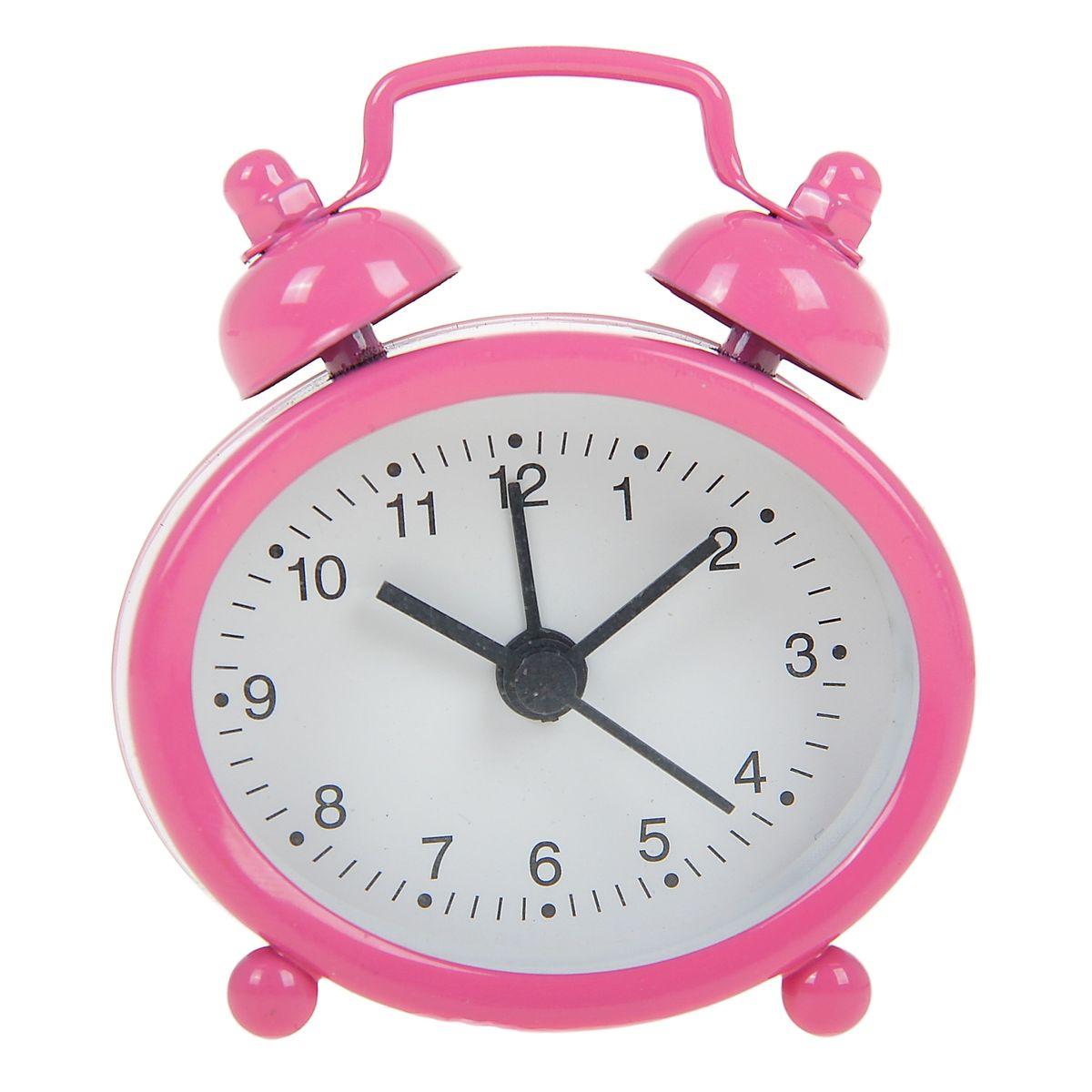 Часы-будильник Sima-land, цвет: розовый. 840946840946Как же сложно иногда вставать вовремя! Всегда так хочется поспать еще хотя бы 5 минут и бывает, что мы просыпаем. Теперь этого не случится! Яркий, оригинальный будильник Sima-land поможет вам всегда вставать в нужное время и успевать везде и всюду. Будильник украсит вашу комнату и приведет в восхищение друзей. Эта уменьшенная версия привычного будильника умещается на ладони и работает так же громко, как и привычные аналоги. Время показывает точно и будит в установленный час.На задней панели будильника расположены переключатель включения/выключения механизма, а также два колесика для настройки текущего времени и времени звонка будильника.Будильник работает от 1 батарейки типа LR44 (входит в комплект).