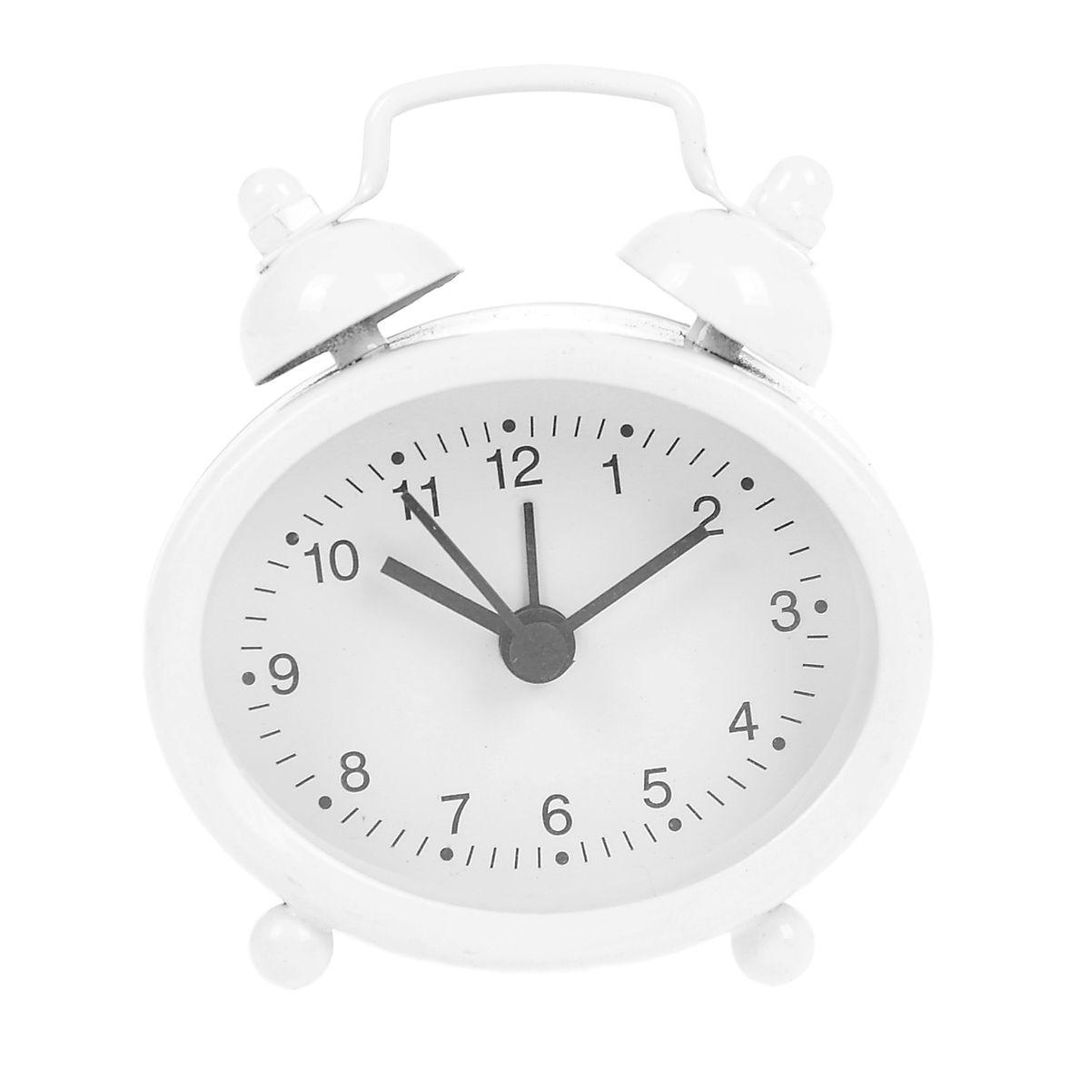 Часы-будильник Sima-land, цвет: белый. 840948840948Как же сложно иногда вставать вовремя! Всегда так хочется поспать еще хотя бы 5 минут и бывает, что мы просыпаем. Теперь этого не случится! Яркий, оригинальный будильник Sima-land поможет вам всегда вставать в нужное время и успевать везде и всюду. Будильник украсит вашу комнату и приведет в восхищение друзей. Эта уменьшенная версия привычного будильника умещается на ладони и работает так же громко, как и привычные аналоги. Время показывает точно и будит в установленный час.На задней панели будильника расположены переключатель включения/выключения механизма, а также два колесика для настройки текущего времени и времени звонка будильника.Будильник работает от 1 батарейки типа LR44 (входит в комплект).
