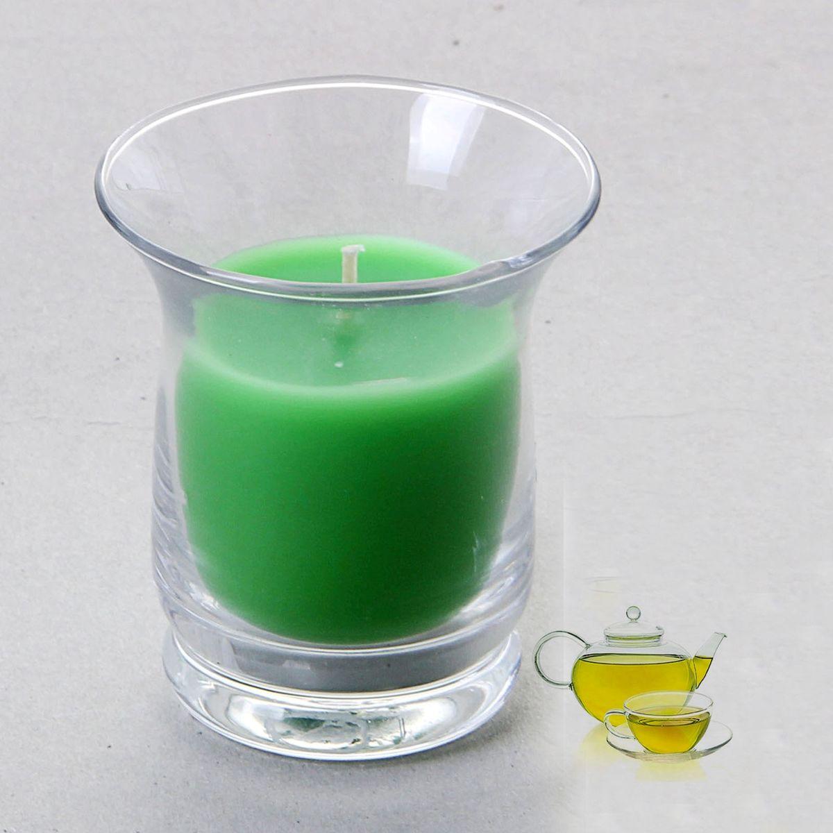 Свеча ароматизированная Sima-land Романтика, с ароматом зеленого чая, цвет: зеленый, высота 7,5 см849622Ароматизированная свеча Sima-land Романтика изготовлена из воска и расположена в стеклянном стакане. Изделие отличается оригинальным дизайном и приятным запоминающимся ароматом.Свеча Sima-land Романтика - это прекрасный выбор для тех, кто хочет сделать запоминающийся презент родным и близким. Она поможет создать атмосферу праздника. Такой подарок запомнится надолго.