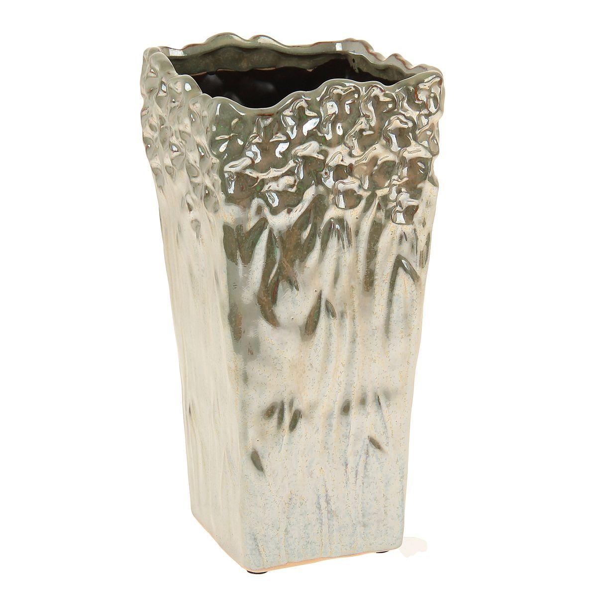 Ваза Sima-land Перелив, высота 23,5 см863614Ваза Sima-land Перелив изготовлена из высококачественной керамики и оснащена антискользящими накладками на дне. Такая стильная ваза с легкостьювпишется практически в любой интерьер. Она станет изумительным подарком, которыйдоставит радость, ведь это не только красивый, но еще и функциональный презент.