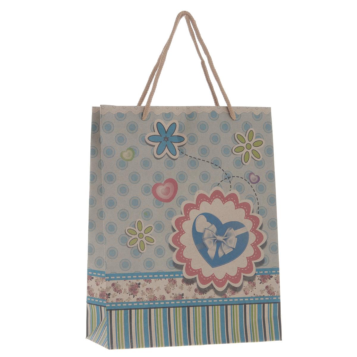 Пакет подарочный Голубое сердце, 19 х 24,5 х 8 см38874Подарочный пакет Голубое сердце, изготовленный из плотной бумаги, станет незаменимым дополнением к выбранному подарку. Дно изделия укреплено плотным картоном, который позволяет сохранить форму пакета и исключает возможность деформации дна под тяжестью подарка.Для удобной переноски на пакете имеются две ручки из шнурков.Подарок, преподнесенный в оригинальной упаковке, всегда будет самым эффектным и запоминающимся. Окружите близких людей вниманием и заботой, вручив презент в нарядном, праздничном оформлении.