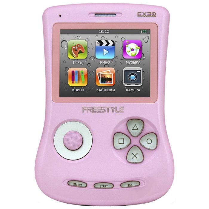 Игровая консоль EXEQ FreeStyle 2,7 (розовая)MP-1002_розовыйExeq Freestyle - это игровая приставка с богатыми мультимедийными возможностями, позволяющая играть в игры таких форматов, как NES (Dendy), SMD (Mega Drive) и GBA (GameBoy Advance), просматривать фильмы, слушать музыку, радио, читать книги. Оригинальная и стильная форма корпуса, воплощенная в качественном глянцевом пластике, яркий цветной экран, встроенная камера, AV-выход и многие другие приятные особенности приставки не оставят равнодушным к ней ни детей, ни взрослых.Неповторимый дизайн и яркие цвета.Exeq Freestyle - портативная игровая консоль с уникальным дизайном корпуса. В отличие от большинства современных портативных консолей Exeq Freestyle имеет вертикальное расположение - дисплей консоли расположен в верхней части корпуса, а все элементы управления в нижней - под экраном. Удачно дополняет дизайн приставки плавная обтекаемая форма, закругленные кнопки, и глянцевая поверхность. Также на выбор предлагается 8 вариантов цветового исполнения корпуса: белый, черный, синий, красный, желтый, розовый, фиолетовый, зеленый. Яркие цвета приставок удачно дополняет перламутровый эффект.Игровая составляющая.Exeq Freestyle поддерживает игры от Dendy, Sega, Super Nintendo и Game Boy Advance. Консоль отлично воспроизводит двухмерные игры различных жанров, а также трехмерные с улучшенной графикой. В качестве бонуса на приставке уже установлено 700 самых популярных игр каждой из поддерживаемых платформ. Однако при желании Exeq Freestyle легко можно подключить к компьютеру и пополнить коллекцию новыми играми. Для хранения игр приставка имеет 4 Gb встроенной памяти, а также поддерживает карты формата Micro SD.Просмотр видео.Exeq Freestyle оснащен ярким и контрастным дисплеем с диагональю в 2,7 дюйма (68 мм), этого вполне достаточно для просмотра видео, особенно если вы хотите скоротать время в дороге или на отдыхе: компактные размеры консоли позволят удобно разместить ее на ладони во время просмотра. Exeq Freestyle спосо