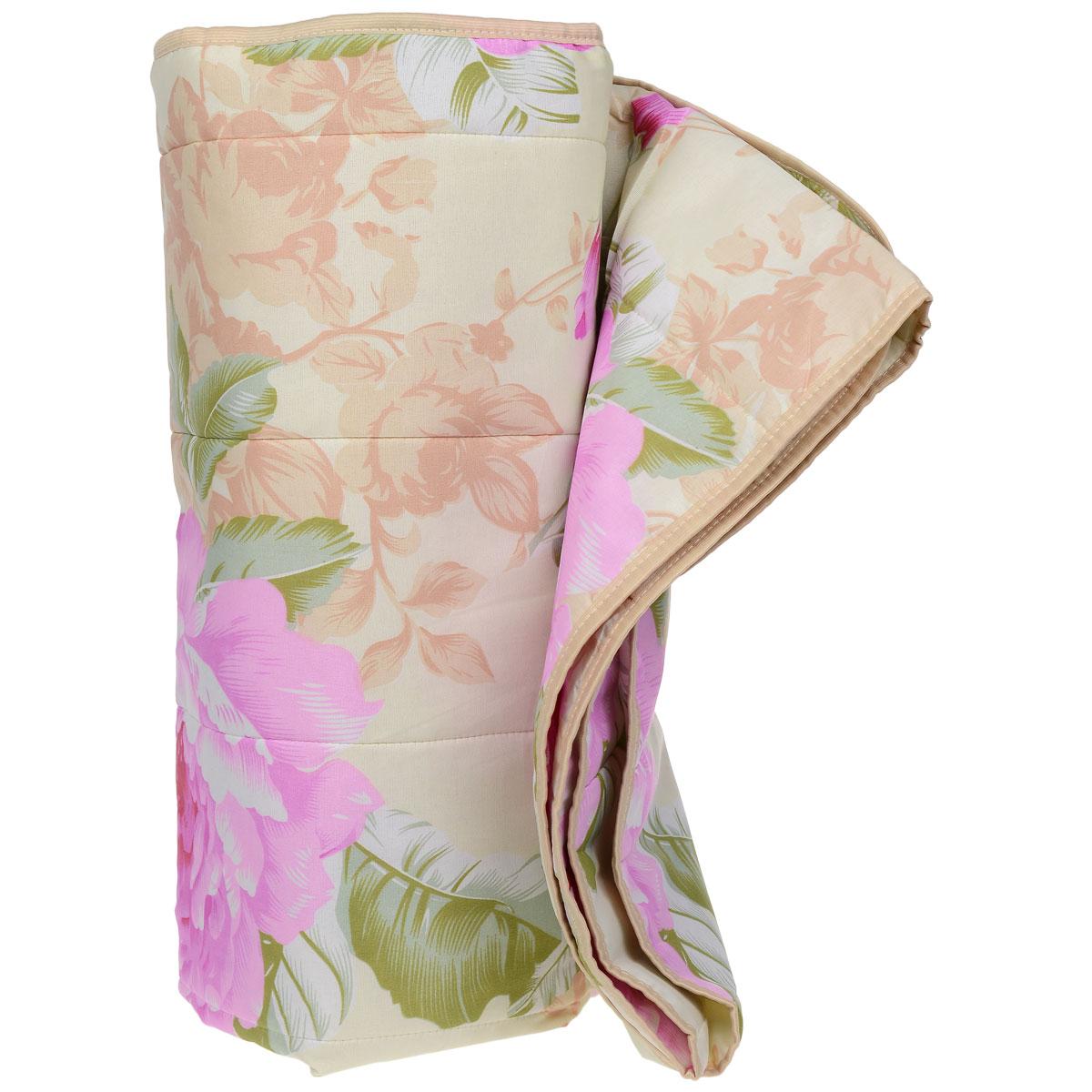 Одеяло летнее OL-Tex Miotex, наполнитель: полиэфирное волокно Holfiteks, цвет: зеленый, розовый, 172 х 205 смМХПЭ-18-1 бежевый, цветыЛегкое летнее одеяло OL-Tex Miotex создаст комфорт и уют во время сна. Чехол выполнен из полиэстера и оформлен красочным цветочным рисунком. Внутри - современный наполнитель из полиэфирного высокосиликонизированного волокна Holfiteks, упругий и качественный. Прекрасно держит тепло. Одеяло с наполнителем Holfiteks легкое и комфортное. Даже после многократных стирок не теряет свою форму, наполнитель не сбивается, так как одеяло простегано и окантовано. Не вызывает аллергии. Holfiteks - это возможность легко ухаживать за своими постельными принадлежностями. Можно стирать в машинке, изделия быстро и полностью высыхают - это обеспечивает гигиену спального места при невысокой цене на продукцию. Рекомендации по уходу:- Ручная и машинная стирка при температуре 30°С.- Не гладить.- Не отбеливать. - Нельзя отжимать и сушить в стиральной машине.- Сушить вертикально. Размер одеяла: 172 см х 205 см. Материал чехла: 100% полиэстер. Материал наполнителя: полиэфирное высокосиликонизированное волокно Holfiteks. Плотность: 100 г/м2.