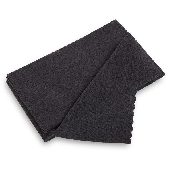 Салфетка для чистки и полировки кия Cue Doctor MagiCloth, 37 см х 37 см4761Салфетка для чистки и полировки Cue Doctor MagiCloth подходит не только для чистки киев или шаров, но также хорошо очищает любые поверхности из металла, дерева и пластика. Выполнена из 100% хлопка.