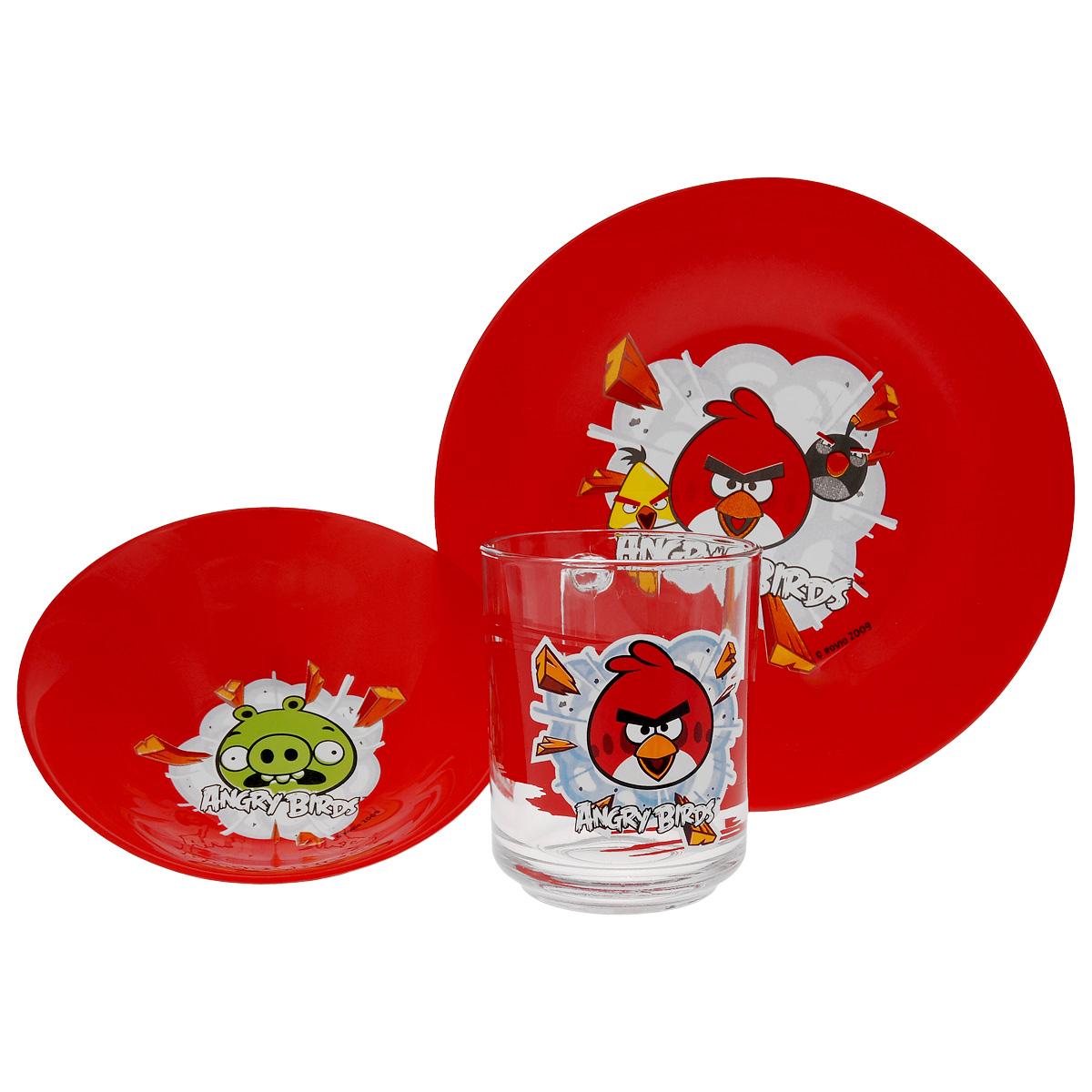 Набор детской посуды Angry Birds, цвет: красный, 3 предмета1057897Набор детской посуды Angry Birds, выполненный из стекла, состоит из кружки, тарелки исалатника.Изделия оформлены изображением любимых героев популярного мультфильма Angry Birds.Материалы изделий нетоксичны и безопасны для детского здоровья.Детская посуда удобна и увлекательна для вашего малыша. Привычная еда станет болеевкусной и приятной, если процесс кормления сопровождать игрой и сказками о любимых героях.Красочная посуда является залогом хорошего настроения и аппетита ваших детей.Можно мыть в посудомоечной машине.Диаметр тарелка: 19,5 см.Диаметр салатника: 14 см.Высота салатника: 4,5 см.Объем кружки: 250 мл.Диаметр кружки (по верхнему краю): 7 см.Высота кружки: 9,5 см.