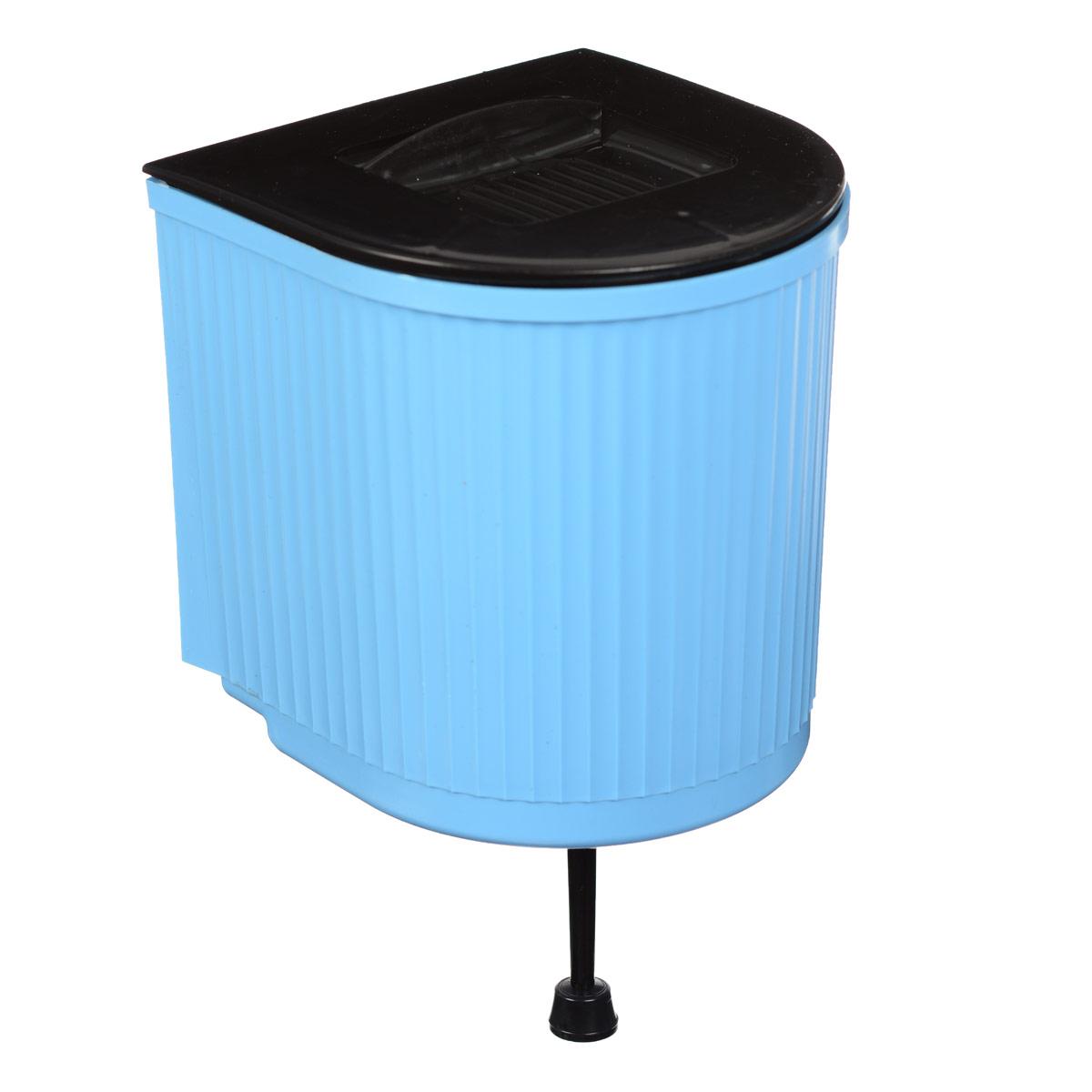 """Рукомойник """"Калита"""" изготовлен из пластика. Он предназначен для умывания в саду или на даче. Яркий и красочный, он отлично впишется в окружающую обстановку. Петли предоставляют вертикальное крепление рукомойника. Изделие оснащено крышкой, которая предотвращает попадание мусора. Также на крышке имеется выемка для мыла. Рукомойник """"Калита надежный и удобный в использовании.Объем: 5 л.Размер рукомойника: 20 см х 19 см.Высота (без учета крышки): 20 см."""