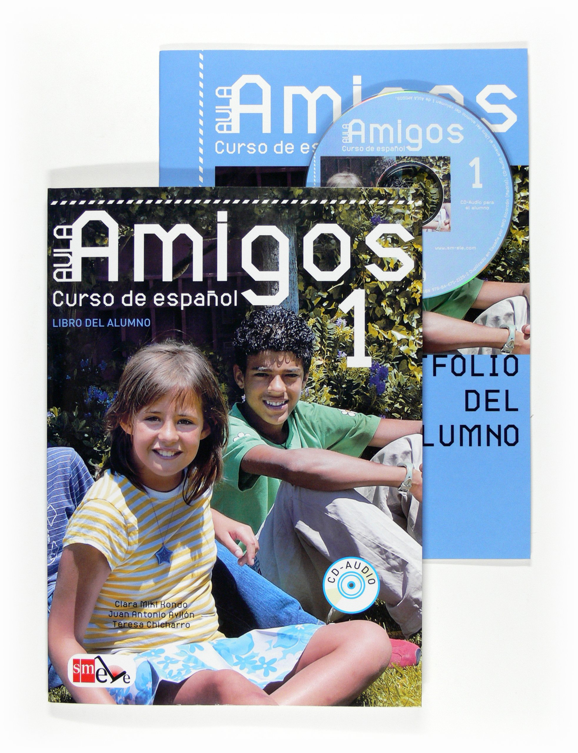Aula Amigos Int 1 Libro Alumno + CD robert campbell adrian tennant global upp int wb cd