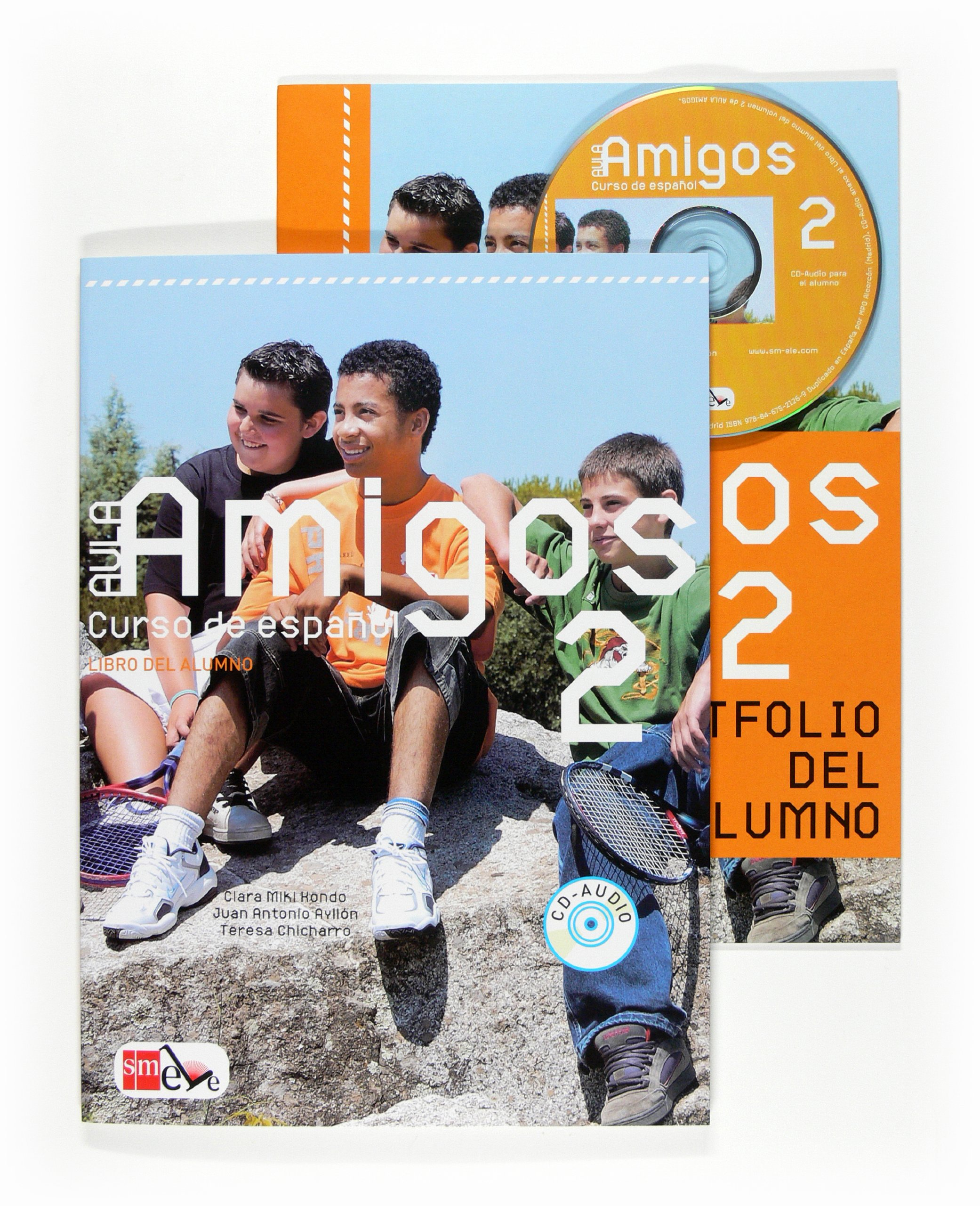 Aula Amigos Int 2 Libro Alumno + CD robert campbell adrian tennant global upp int wb cd