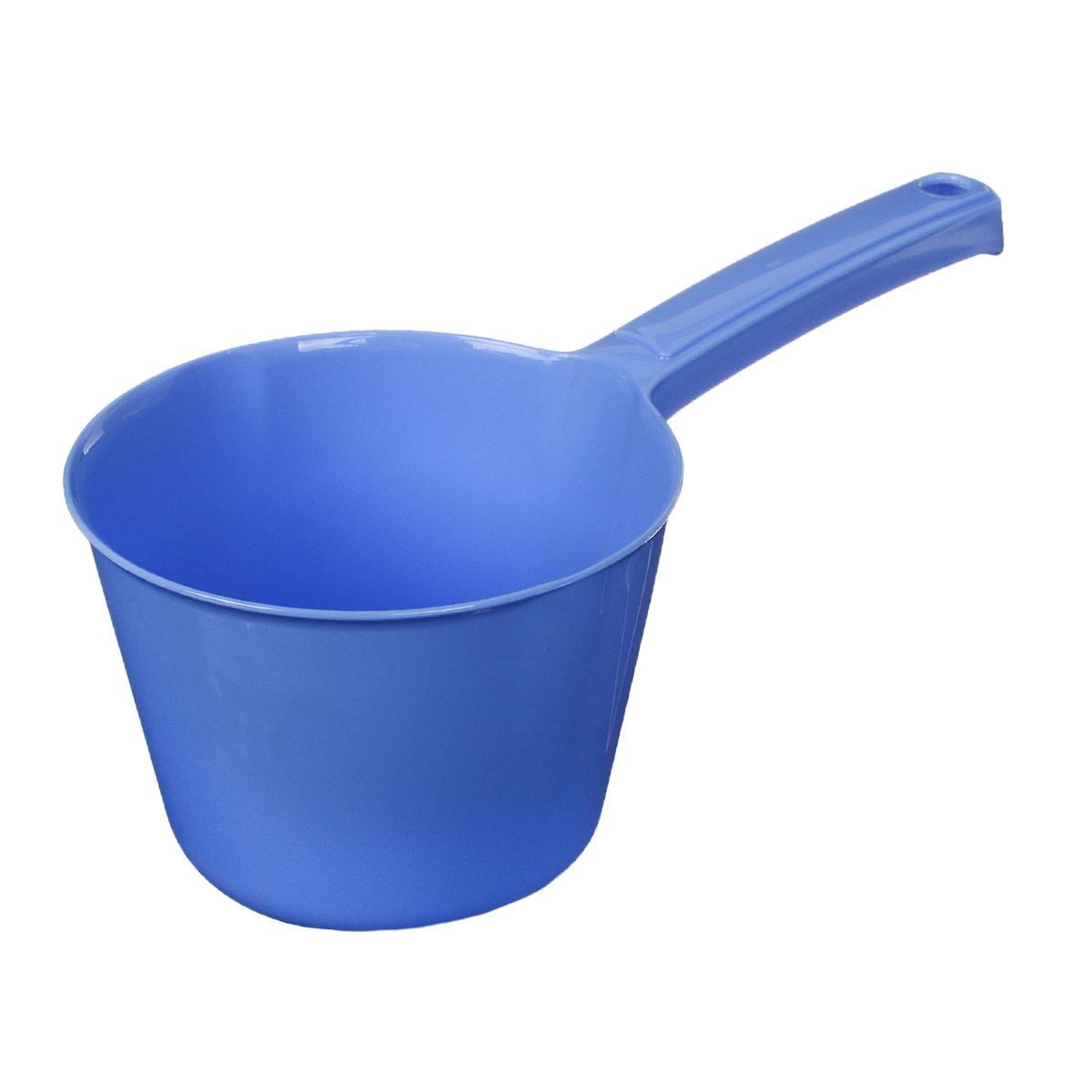 """Ковш """"Idea"""" изготовлен из высококачественного цветного пластика. Изделие используется для моечных и обливных процедур, для черпания и переливания воды и других жидкостей. Ковш оснащен удобной эргономичной ручкой с петелькой для подвешивания на крючок. Размер ковша (без учета ручки): 13,5 см х 13,5 см х 10,5 см.Длина ручки: 12 см."""