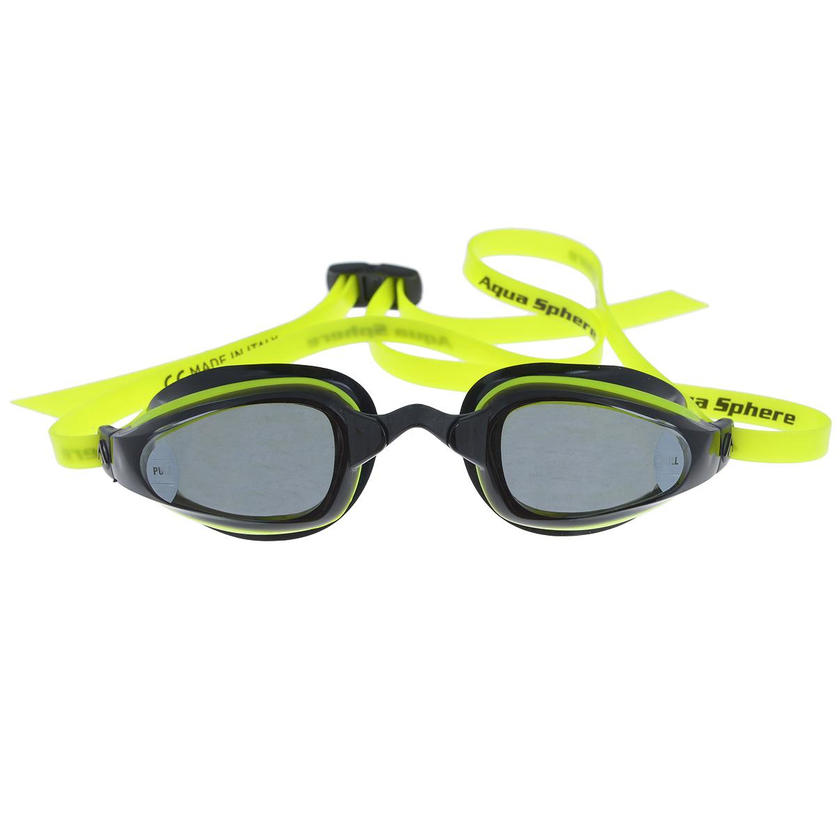Очки для плавания Aqua Sphere K180, цвет: желтый, черныйTN 173260Aqua Sphere K180 - это первые очки для скоростного плавания, обладающие панорамным обзором в 180°, который достигается благодаря очень близкому расположению линз к глазам. Благодаря сменным перемычкам можно менять расстояние между линзами. Очки дают 100% защиту от ультрафиолетового излучения.В комплекте 3 сменных перемычки.