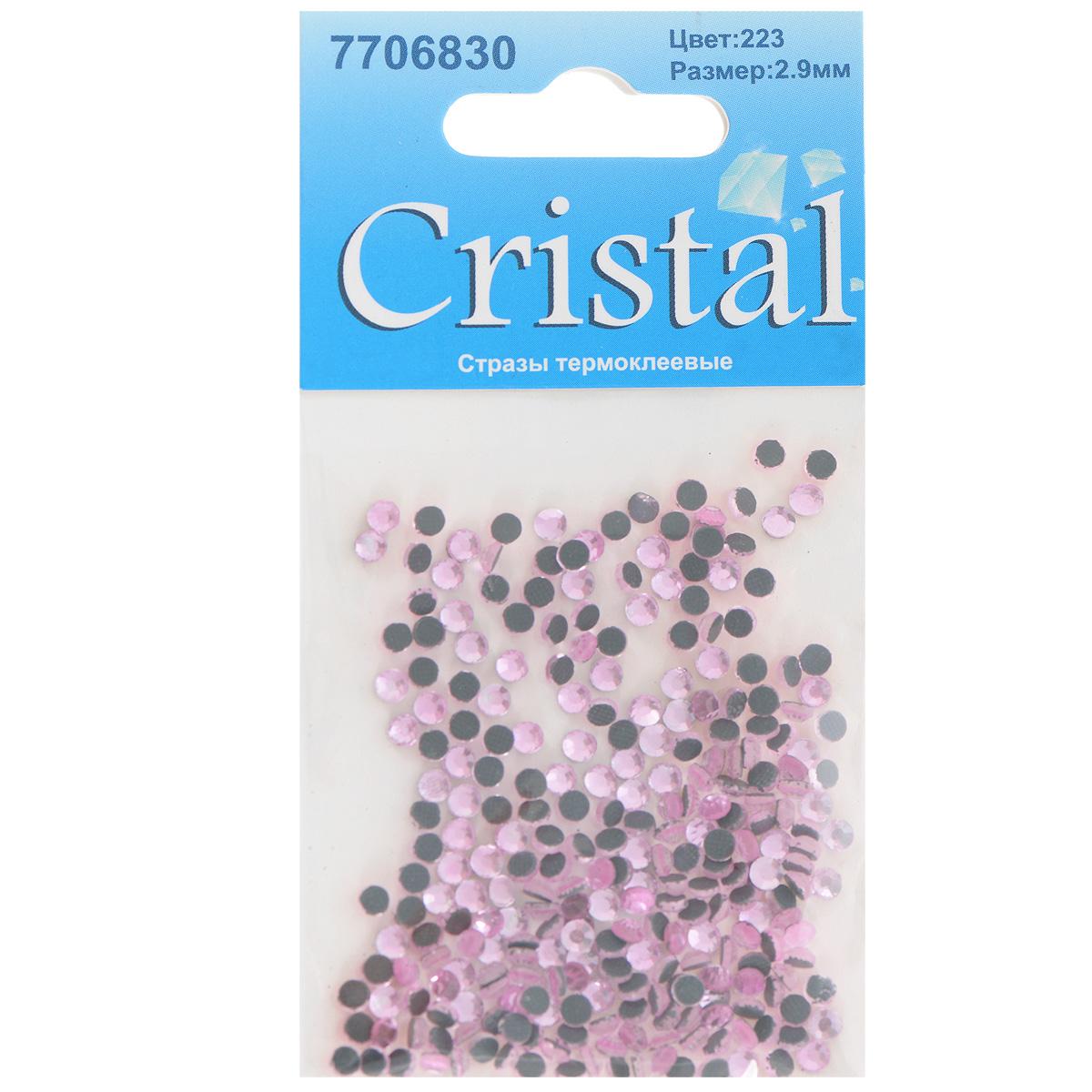 Стразы термоклеевые Cristal, цвет: светло-розовый (223), диаметр 2,9 мм, 288 шт7706830_223Набор термоклеевых страз Cristal, изготовленный из высококачественного акрила, позволит вам украсить одежду, аксессуары или текстиль. Яркие стразы имеют плоское дно и круглую поверхность с гранями.Дно термоклеевых страз уже обработано особым клеем, который под воздействием высоких температур начинает плавиться, приклеиваясь, таким образом, к требуемой поверхности. Чаще всего их используют в текстильной промышленности: стразы прикладывают к ткани и проглаживают утюгом с обратной стороны. Также можно использовать специальный паяльник. Украшение стразами поможет сделать любую вещь оригинальной и неповторимой. Диаметр страз: 2,9 мм.