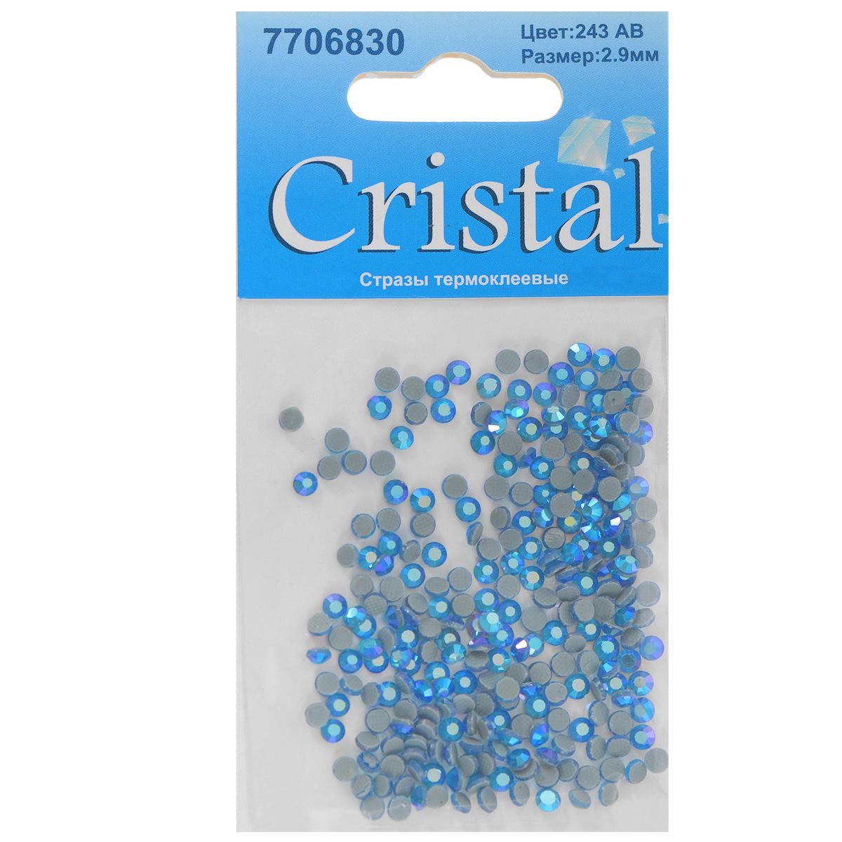 Стразы термоклеевые Cristal, цвет: светло-синий (243АВ), диаметр 2,9 мм, 288 шт7706830_243ABНабор термоклеевых страз Cristal, изготовленный из высококачественного акрила, позволит вам украсить одежду, аксессуары или текстиль. Яркие стразы имеют плоское дно и круглую поверхность с гранями.Дно термоклеевых страз уже обработано особым клеем, который под воздействием высоких температур начинает плавиться, приклеиваясь, таким образом, к требуемой поверхности. Чаще всего их используют в текстильной промышленности: стразы прикладывают к ткани и проглаживают утюгом с обратной стороны. Также можно использовать специальный паяльник. Украшение стразами поможет сделать любую вещь оригинальной и неповторимой. Диаметр страз: 2,9 мм.