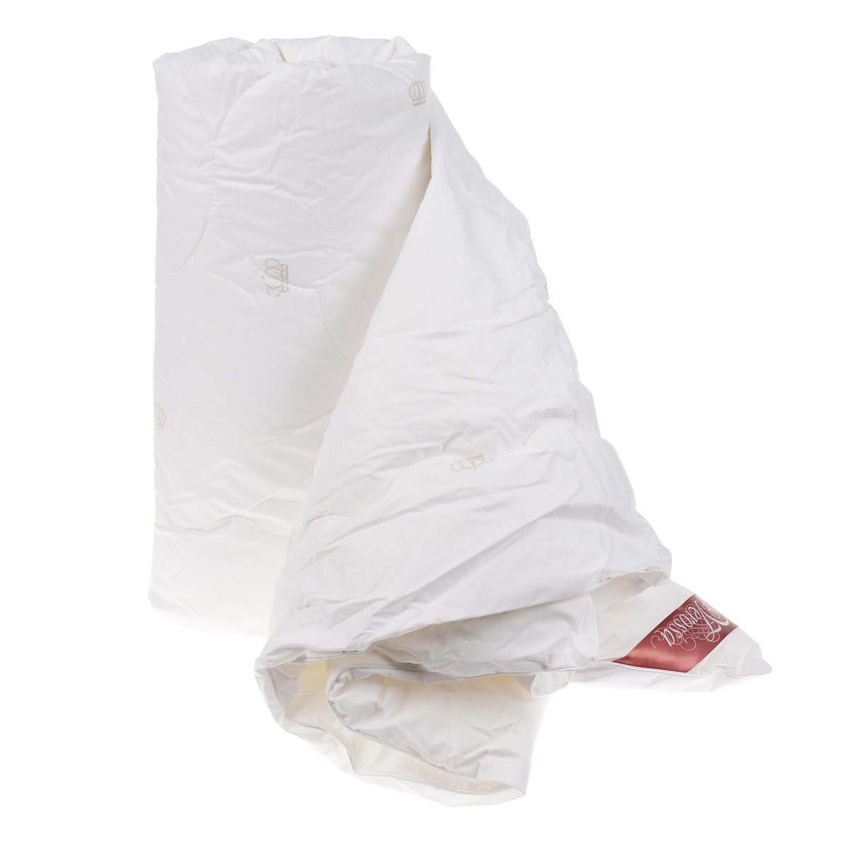 Одеяло Verossa, наполнитель: лебяжий пух, цвет: белый, 200 см х 220 см157824Одеяло Verossa - стильная и комфортная постельная принадлежность, которая подарит уют и позволит окунуться в здоровый и спокойный сон. Чехол одеяла выполнен из перкаля пуходержащего (100% хлопка). Внутри - наполнитель из искусственного лебяжьего пуха, который является аналогом натурального пуха и представляет собой сверхтонкое волокно нового поколения. Благодаря этому одеяло очень мягкое и легкое, не накапливает пыль и запахи. Важным преимуществом является гипоаллергенность наполнителя, поэтому одеяло отлично подходит как взрослым, так и детям. Легкое и объемное, оно имеет среднюю степень теплоты и отличную терморегуляцию: под ним будет тепло зимой и не жарко летом. Рекомендации по уходу: - Можно стирать в стиральной машине при температуре не выше 30°С. - Не отбеливать. - Не гладить. - Нельзя отжимать и сушить в стиральной машине. - Химчистка с мягким растворителем. - Сушить вертикально. Материал чехла: перкаль пуходержащий (100% хлопок). Наполнитель: искусственный лебяжий пух (100% полиэстер). Размер: 200 см х 220 см.Плотность наполнителя: 150 г/м2.