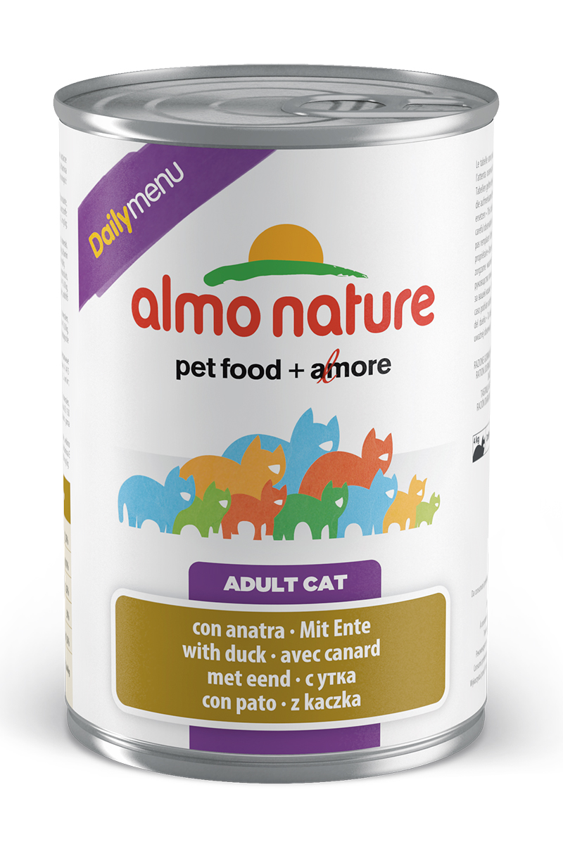 Консервы для кошек Almo Nature Daily Menu, с уткой, 400 г20353Консервы Almo Nature Daily Menu - это супер-премиум корм для кошек в банке с ключом, которая сохраняет свежесть каждого кусочка. Корм изготовлен только из свежих высококачественных натуральных ингредиентов, что обеспечивает здоровье вашей кошки. Не содержит химических, или каких-либо других искусственных ингредиентов.Состав: мясо и его производные, яйца и яичные продукты, минералы, экстракт растительного белка.Пищевые добавки: витамин A - 1415 IU/кг, витамин D3 - 150 IU/кг, витамин E - 19 мг/кг, сульфат меди пентагидрат - 3,2 мг/кг; технологические добавки: камедь кассии - 3000 мг/кг. Пищевая ценность: белки 7,5%, клетчатка 0,1%, масла и жиры 5,5%, зола 3%, влажность 81,5%. Калорийность: 814 ккал/кг.Товар сертифицирован.