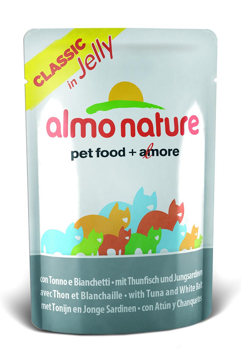 Консервы для кошек Almo Nature Classic, тунец с сардинами в желе, 55 г23414Консервы Almo Nature Classic - восхитительно вкусный влажный корм для кошек. Содержит желатин, который является натуральным средством для вывода шерсти из организма животного, помогает защитить пищеварительный тракт от раздражения, а также придает корму восхитительно нежную структуру. Консервы приготовлены из самых свежих отборных ингредиентов уровня Human Grade (качество как для людей), являющихся натуральным естественным источником витаминов и микроэлементов. Состав: тунец 46%, молодые сардинки 5%, рис 0,5%, рыбный бульон в желатине (желе) 48,5%.Гарантированный анализ: белки 14%, клетчатка 1%, жиры 0,5%, зола 2%, влажность 85%.Калорийность: 532 ккал/кг.Товар сертифицирован.