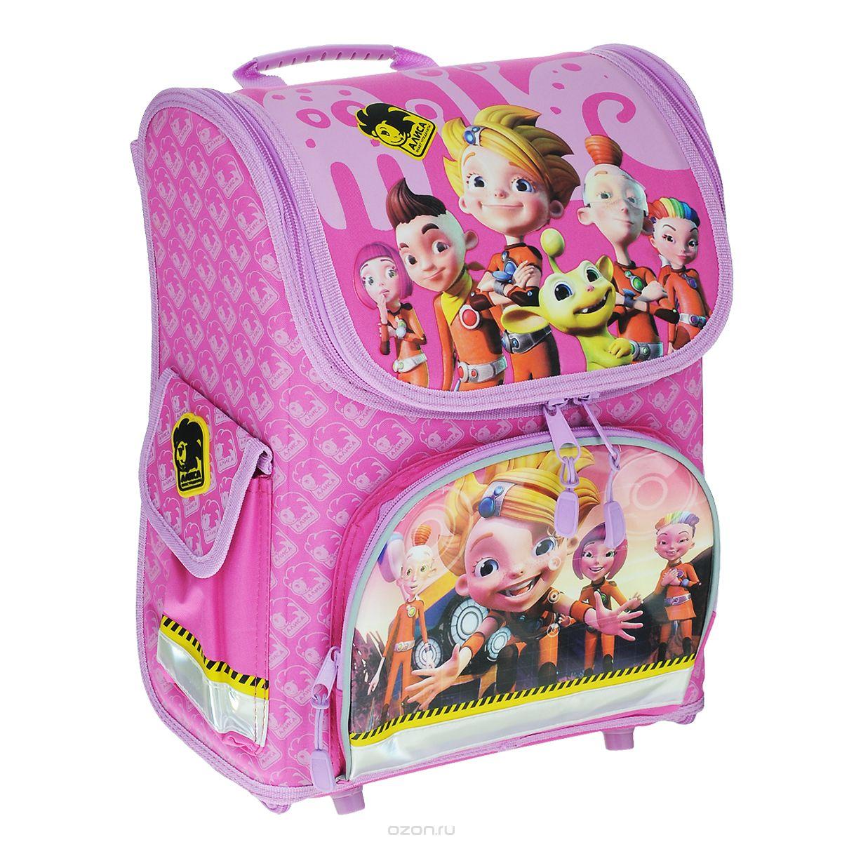Ранец школьный Action! Алиса, цвет: розовый, сиреневый. AZ-ASB4000/1AZ-ASB4000/1Школьный ранец Алиса, выполненный из современных материалов, предназначен для переноски и хранения школьных принадлежностей. Изделие оформлено изображением героев мультсериала Алиса знает, что делать.Ранец имеет одно основное отделение, закрывающееся на застежку-молнию. Бегунки на молнии дополнены удобными пластиковыми держателями. Ранец полностью раскладывается. Внутри отделения расположены: накладной сетчатый карман, две перегородки с резинкой-фиксатором, предназначенные для тетрадей и учебников, накладной пластиковый кармашек. Пластиковый кармашек предназначен для расписания уроков и личных данных владельца (имеется вкладыш для заполнения). На лицевой стороне ранца расположен накладной карман на молнии. По бокам ранца размещены два дополнительных накладных кармана на застежке-липучке.Рельеф спинки ранца разработан с учетом особенностей детского позвоночника.Ранец оснащен эргономичной ручкой для переноски, двумя широкими лямками, регулируемой длины. Дно ранца защищено пластиковыми ножками, придающими дополнительную устойчивость изделию.Светоотражающие элементы на фронтальной стороне, боковых карманах и лямках ранца обеспечивают дополнительную безопасность в темное время суток. Многофункциональный школьный ранец Алиса станет незаменимым спутником вашего ребенка в походах за знаниями.