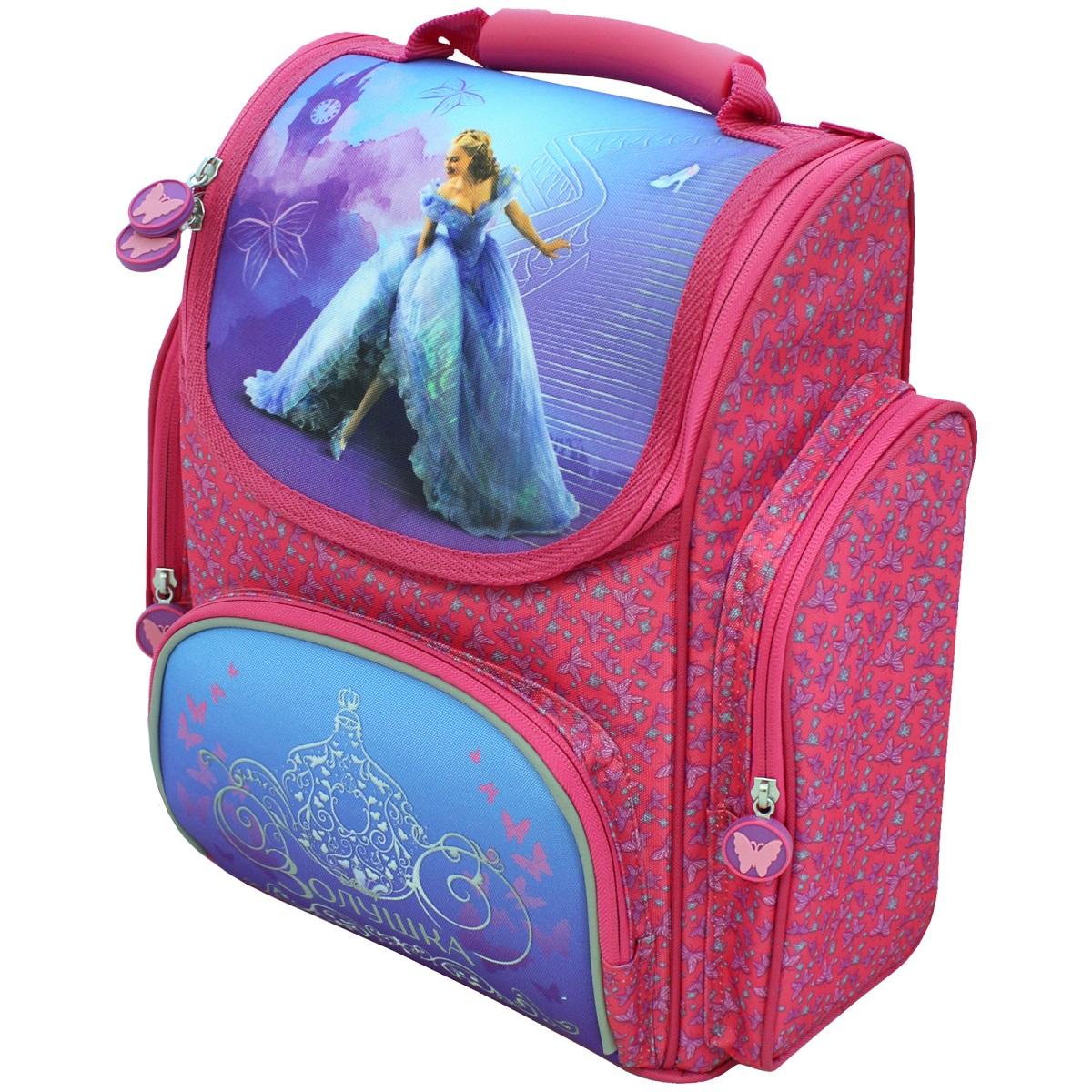 Рюкзак ортопедический средний Золушка26291Ортопедический рюкзак «Disney» Золушка с прочным каркасом – это красивый и удобный помощник. В его отделение на молнии легко поместятся предметы форматом А4. Внутри находятся два отсека для тетрадей, приспособление для ключей и кармашек для личной карточки. Снаружи – лицевой карман на молнии, подходящий для пенала, и 2 боковых кармана на молнии высотой 24 см. Ортопедическая спинка, созданная по специальной технологии из дышащего материала, равномерно распределяет нагрузку на плечевые суставы и спину. Удлиненные держатели на мягких регулируемых ремнях облегчают фиксацию длины. Светоотражающие элементы на лямках в виде бабочек и на лицевом кармане повышают безопасность ребенка на дороге в темное время суток. Пластиковая ручка удобна для переноски рюкзака в руке. Пластиковые ножки защищают дно от загрязнения. Аксессуар изготовлен из износоустойчивых материалов с водонепроницаемой основой, декорирован ярким принтом (сублимированная печать) и подвесками на молнии с бабочками.