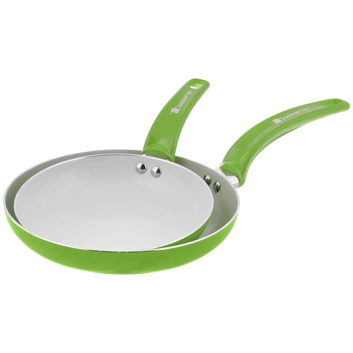 Набор сковородок Polaris Rainbow, с керамическим покрытием, цвет: салатовый. Диаметр 20 см, 24 смRain-2024FСковорода Polaris Rainbow изготовлена из штампованного алюминия толщиной 2,5 мм с керамическим антипригарным покрытием. Данное покрытие является абсолютно экологичным и не содержит вредных веществ, таких как PTFE и PFOA. Это позволяет готовить здоровую пищу с минимальным добавлением жира или подсолнечного масла. Сковорода быстро разогревается и распределяет тепло по всей поверхности.Сковорода оснащена удобной ручкой из бакелита. Изделие подходит для газовых, электрических, стеклокерамических плит. Не подходит для индукционных плит. Сковороду можно мыть в посудомоечной машине. Не использовать в СВЧ-печах.Большая сковорода.Высота стенки: 4 см.Толщина стенки: 2,5 мм.Толщина дна: 2,5 мм.Длина ручки: 18 см.Малая сковорода:Высота стенки: 3,5 см.Толщина стенки: 2,5 мм.Толщина дна: 2,5 мм.Длина ручки: 15 см.