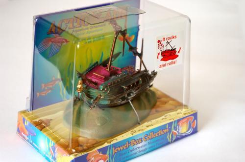 Распылитель декоративный Penn-Plax Обломки корабля декорация для аквариума penn plax череп мамонта 11 4 х 23 5 х 12 7 см