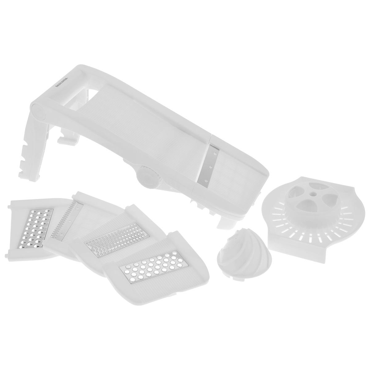 Мульти-терка Tescoma Мандолина, цвет: белый643862Мульти-терка Tescoma Мандолина выполнена из высококачественного пластика. Режущие лезвия насадок из нержавеющей стали обеспечивают эффективную нарезку продуктов. В комплект входят 5 съемных насадок: для фигурной нарезки, мелкой шинковки, крупной шинковки, нарезки твердых продуктов (твердого сыра, шоколада), для плоской нарезки, а также два встроенных лезвия для нарезки ломтиков картофеля крупного и мелкого размера. Кроме того, в комплекте безопасный держатель для продуктов и массивная ручка для удобного пользования.Терка снабжена выдвижными ножками с силиконовыми антискользящими вставками для комфортной работы.Можно мыть в посудомоечной машине.Размер терки в сложенном виде: 34 см х 12,5 см х 6,5 см.Размер терки с выдвинутыми ножками: 35 см х 12,5 х 16,5 см.Размер насадки: 12,7 см х 11 см х 0,7 см.