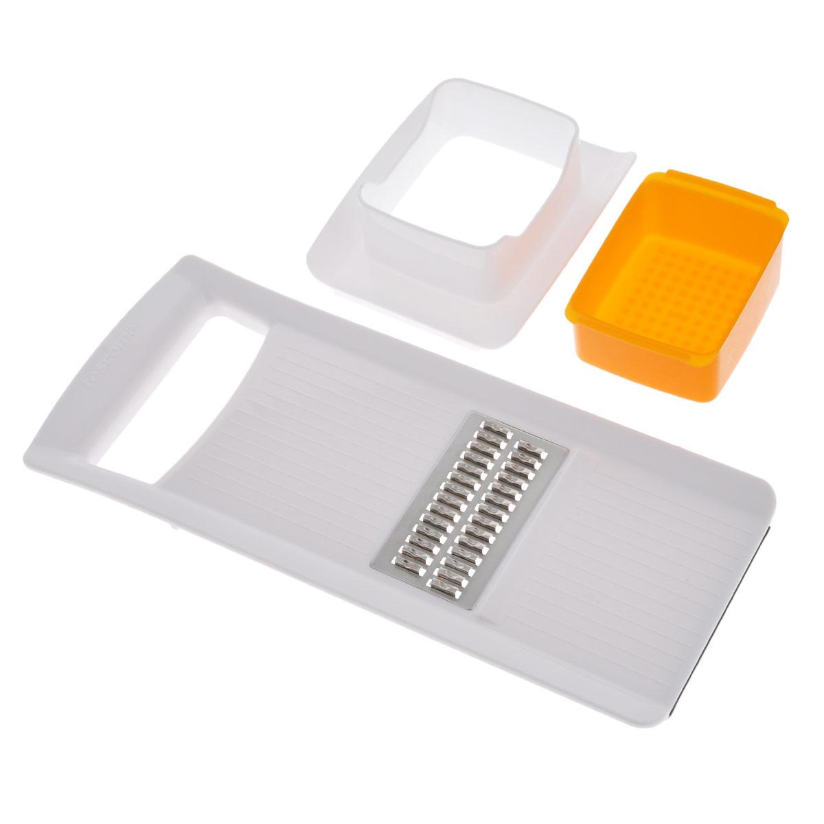 Терка Tescoma Жульен, цвет: белый, оранжевый643854Терка Tescoma Жульен, изготовленная из прочного пластика с дополнительнымострым лезвием из высококачественной нержавеющей стали, отлично подходит длябыстрой нарезки соломкой моркови, сельдерея, белого редиса, картофеля. Нижнееоснование изделия имеет силиконовую антискользящую вставку для комфортнойработы. В комплект также входят пластиковая емкость и толкатель для безопасной нарезки. Можно мыть в посудомоечной машине.Размер терки: 28 см х 12 см х 1,5 см.Размер емкости: 9 см х 6,5 см х 4 см.